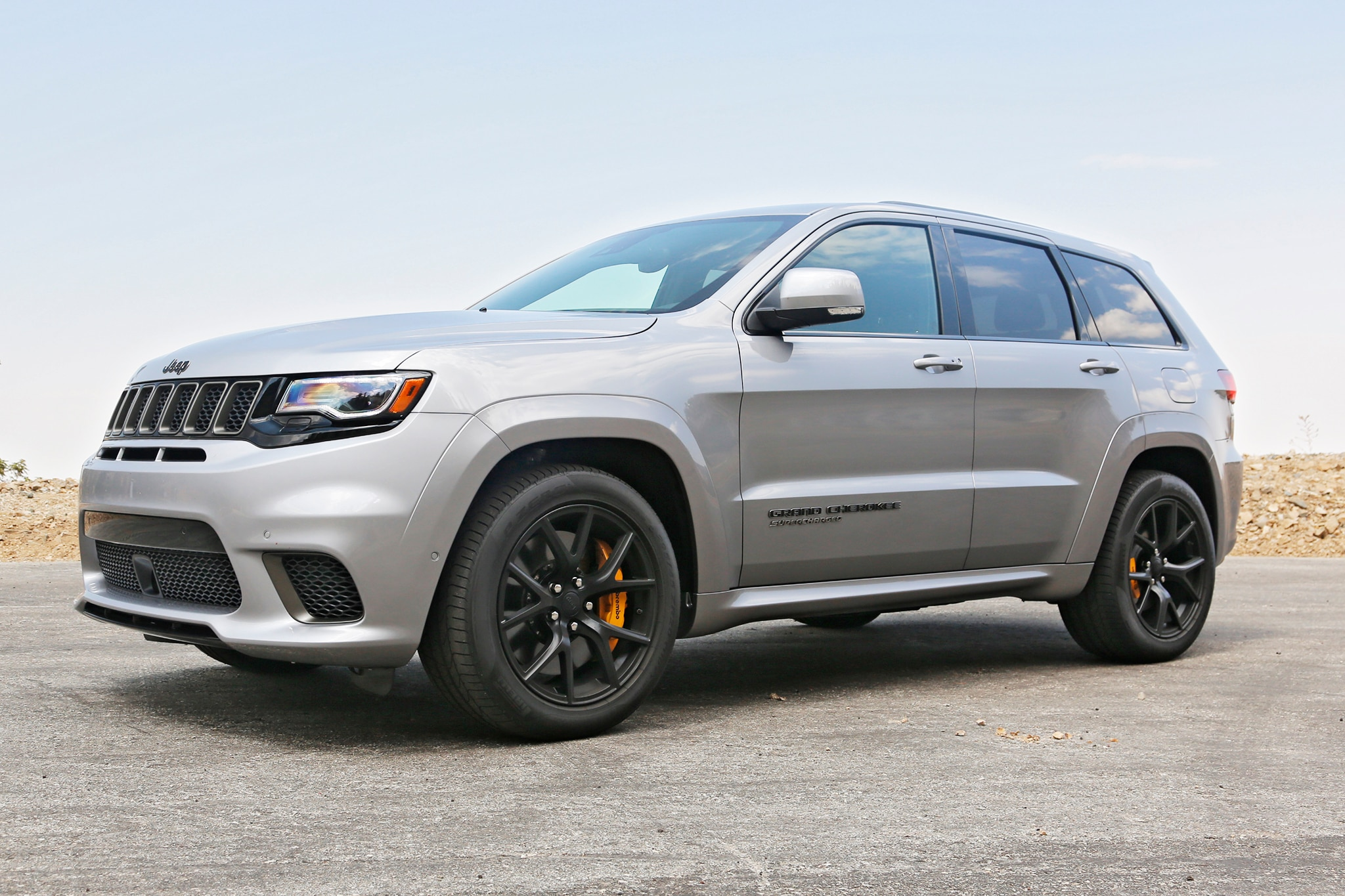2019 Jeep Grand Cherokee Trackhawk Front Three Quarters