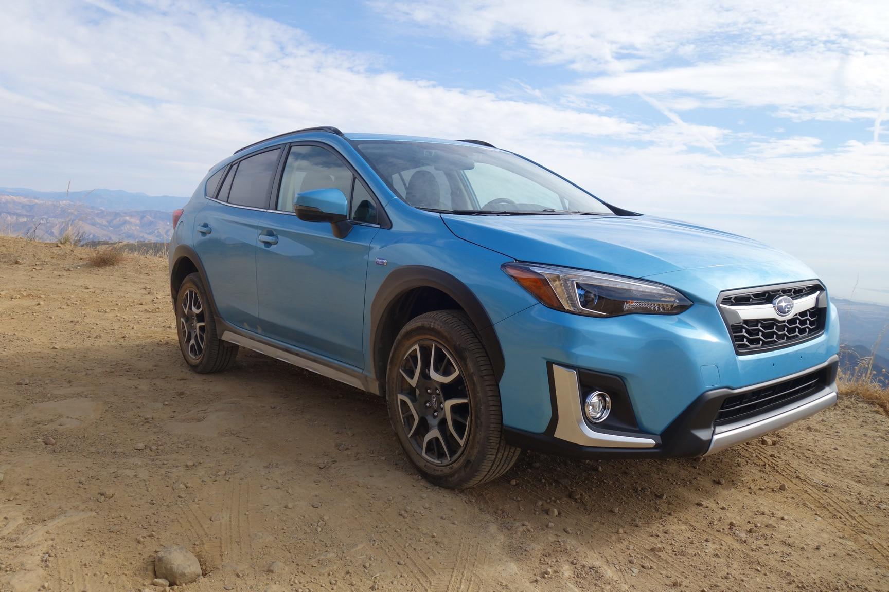 2019 Subaru Crosstrek Hybrid Photo Gallery | Automobile ...