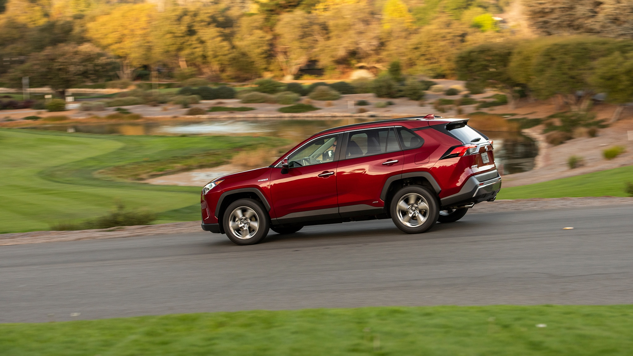 2019 Toyota RAV4 First Drive Review | Automobile Magazine