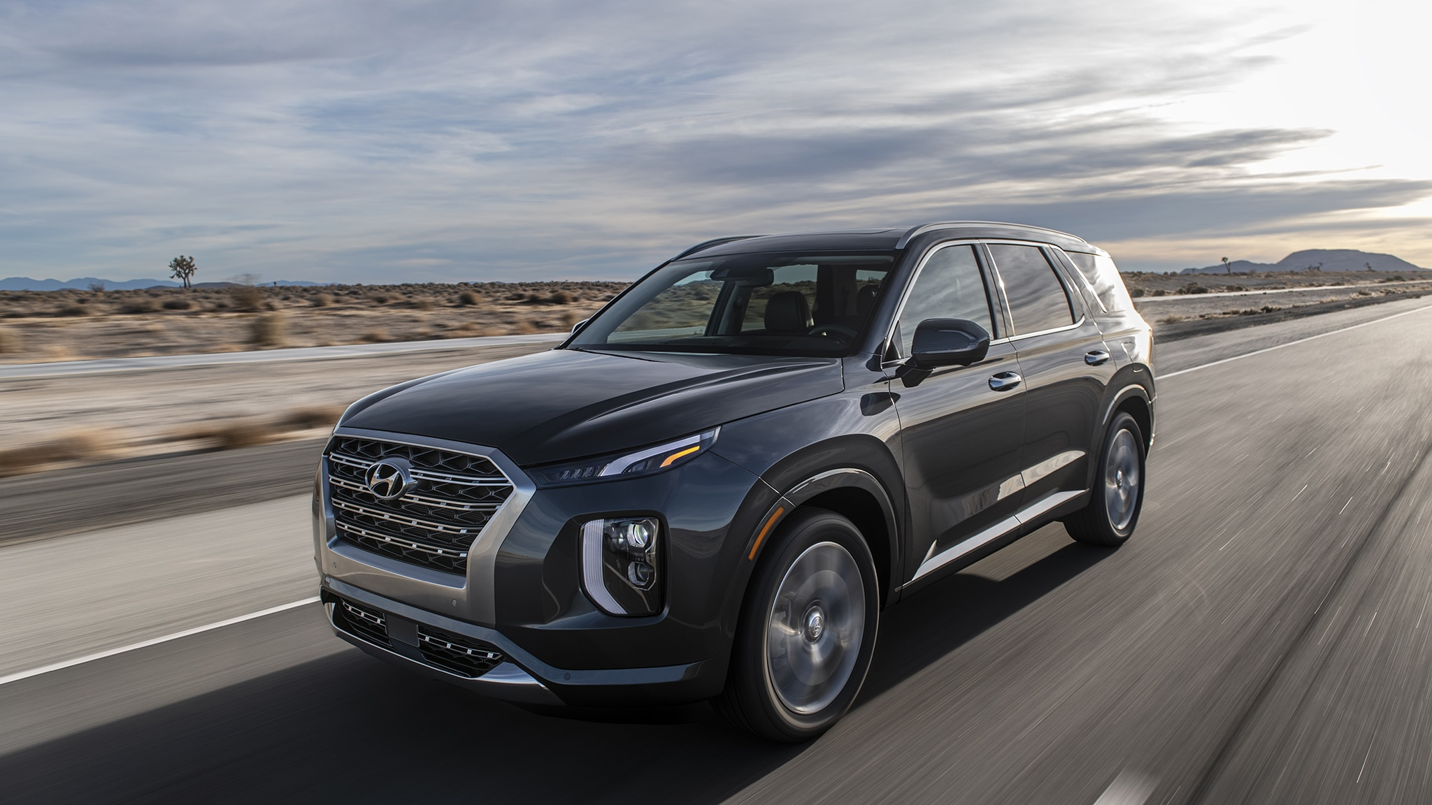 2020 hyundai palisade is a three row flagship with luxury looks automobile magazine. Black Bedroom Furniture Sets. Home Design Ideas