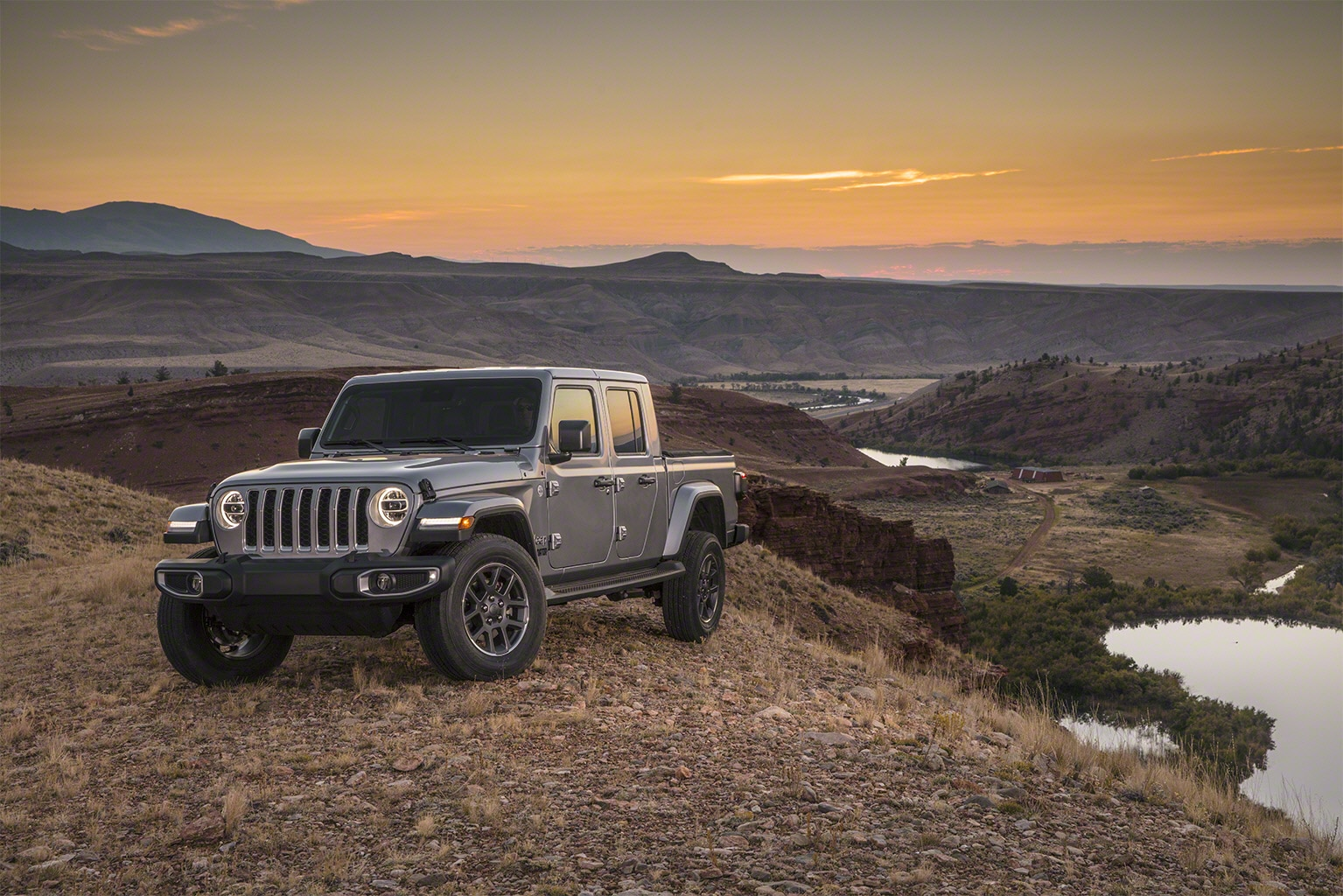 2020 Jeep Gladiator Pickup Arrives: Here Are The Official