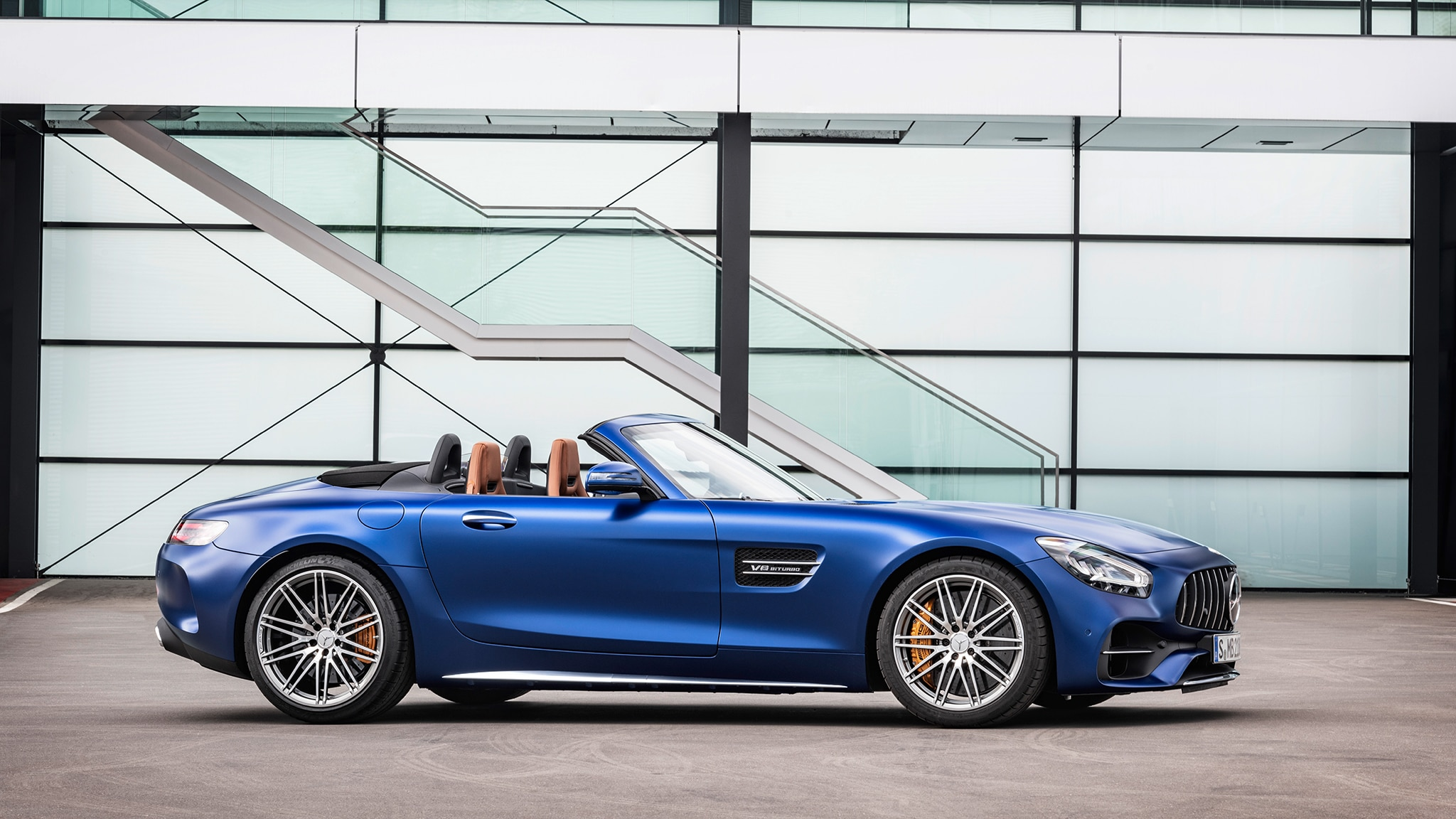 2020 Mercedes-AMG GT Updated, Gets Hard-Core Pro Model ...