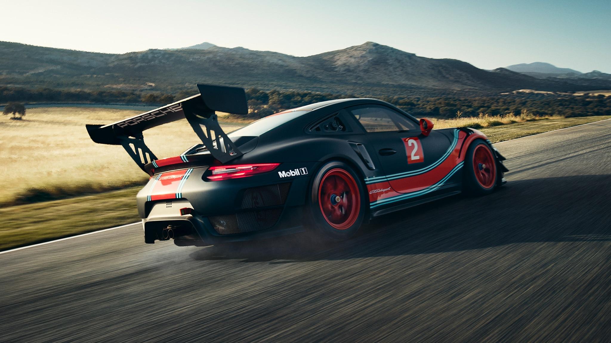 Porsche 911 GT2 RS Clubsport Rear Side Motion View