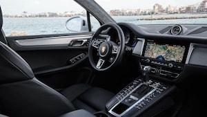 2019 Porsche Macan S White 10