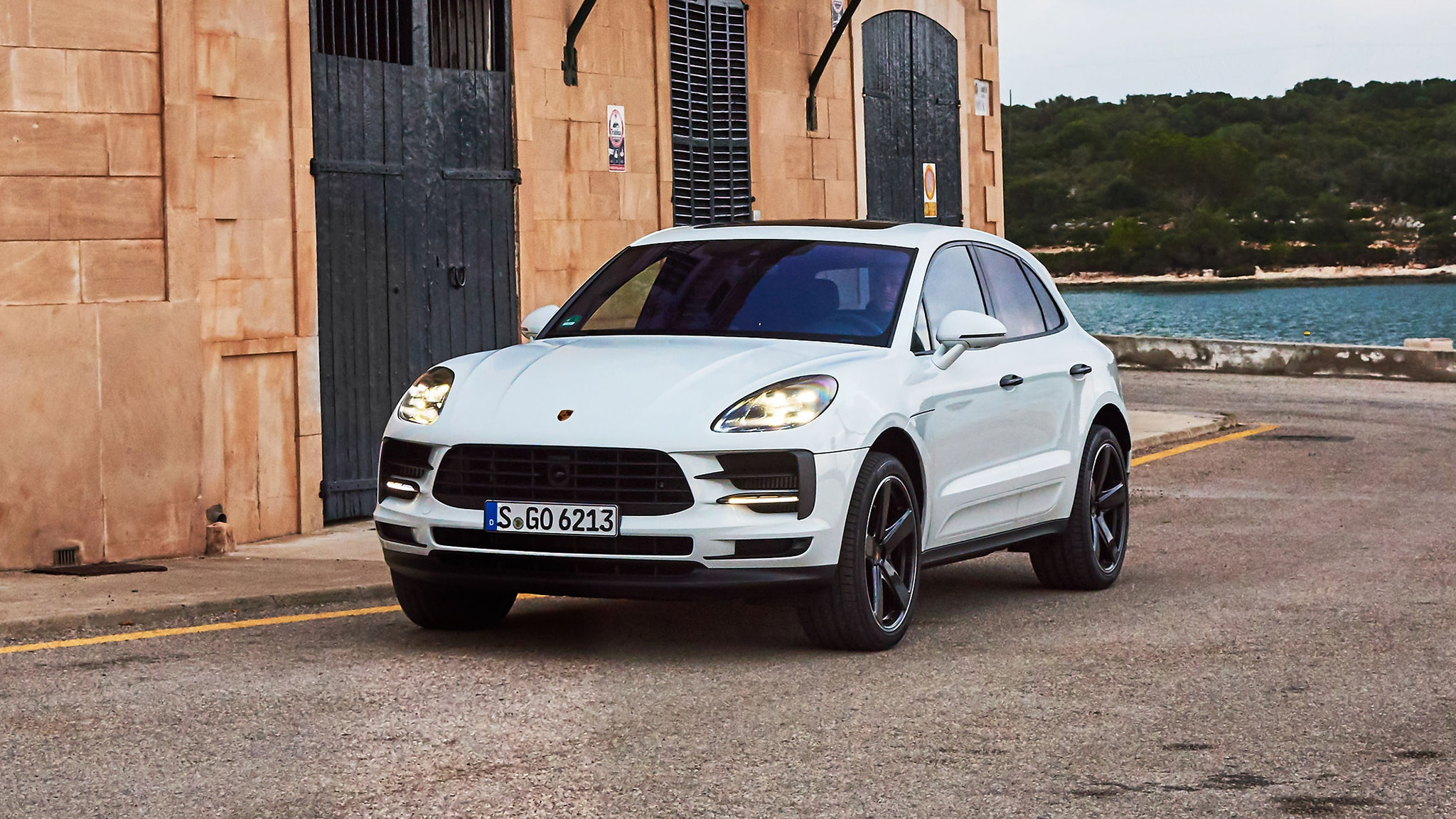 2019 Porsche Macan S First Drive: Better than Ever | Car ...