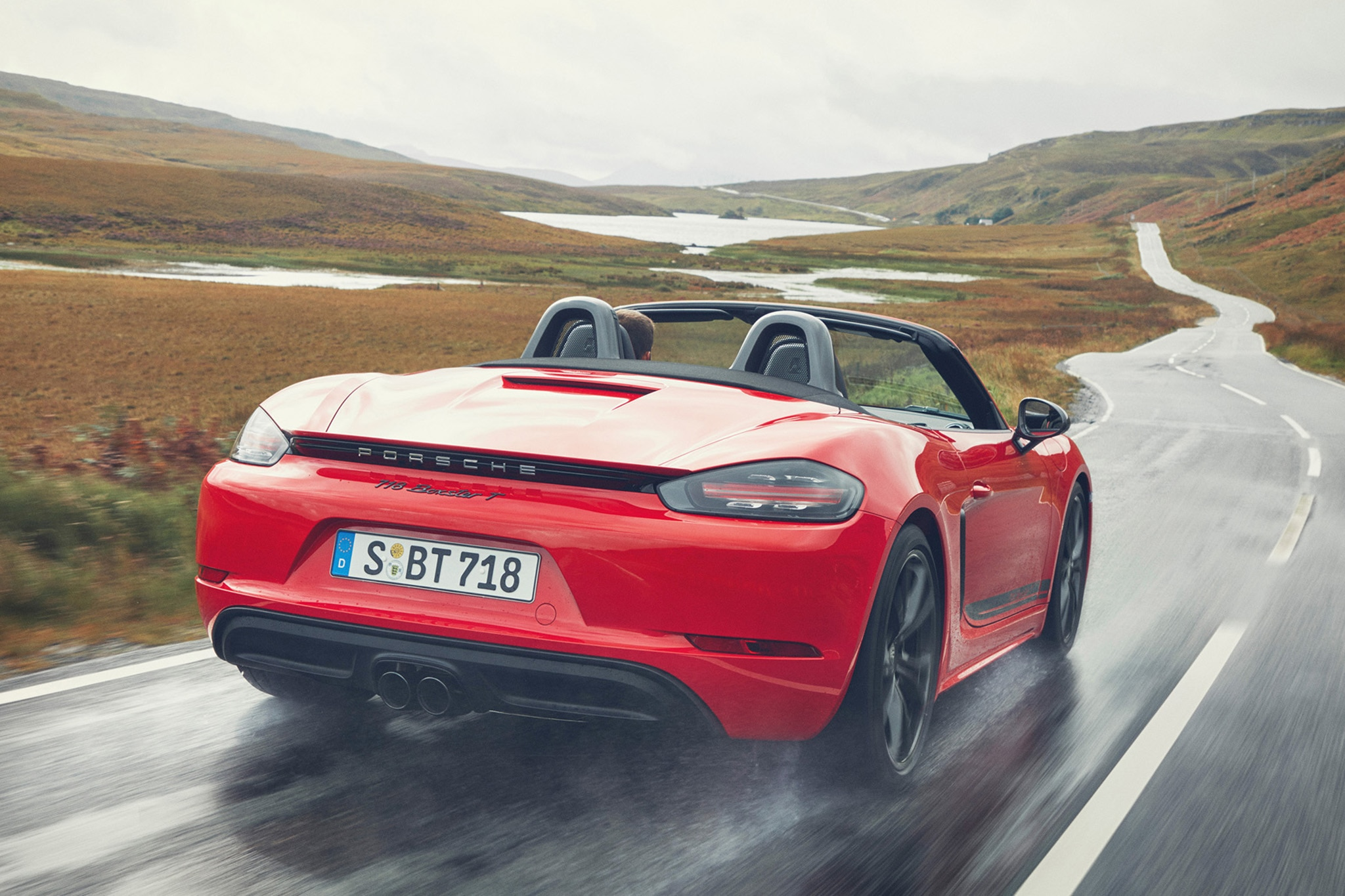 New Porsche 718 T Boxster And Cayman Bring Some Zing To 4-Cylinder Turbo Range
