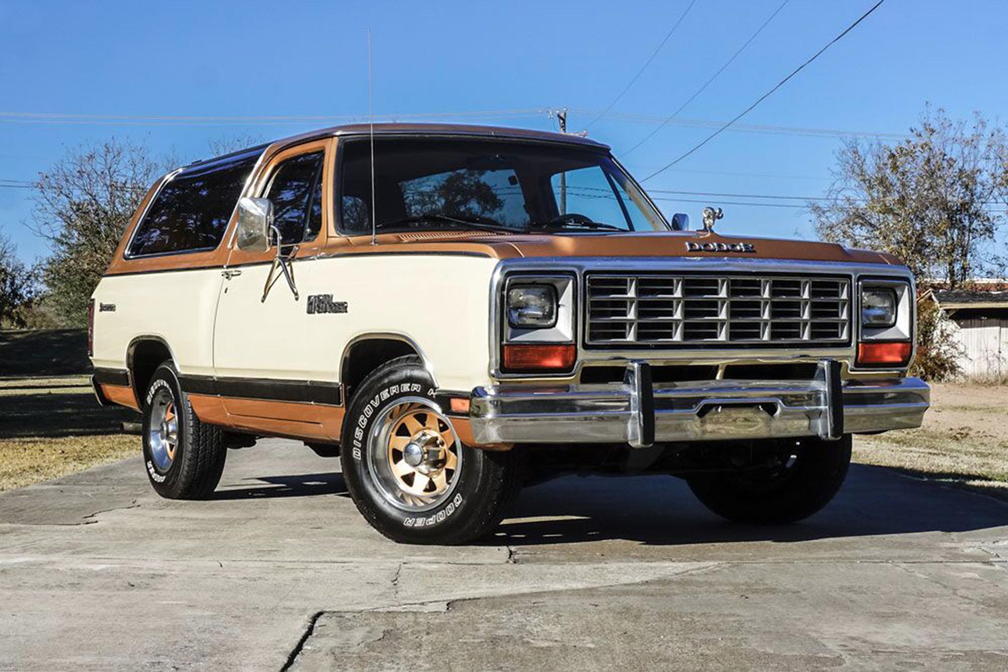 1985 Dodge Ramcharger Prospector Barrett Jackson Front Three Quarters