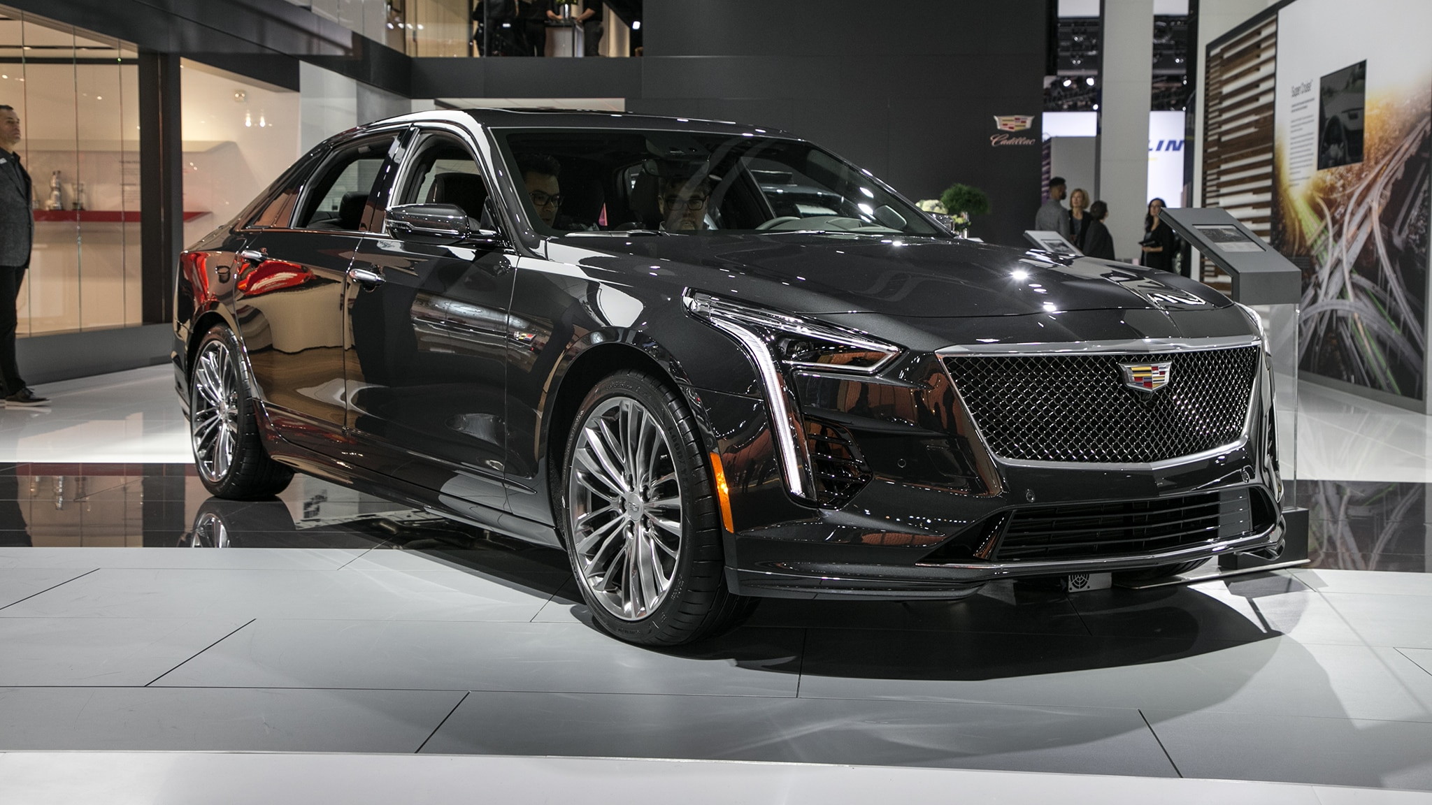 2019 Cadillac CT6 V Is A 550 HP Thing Get One Before Its