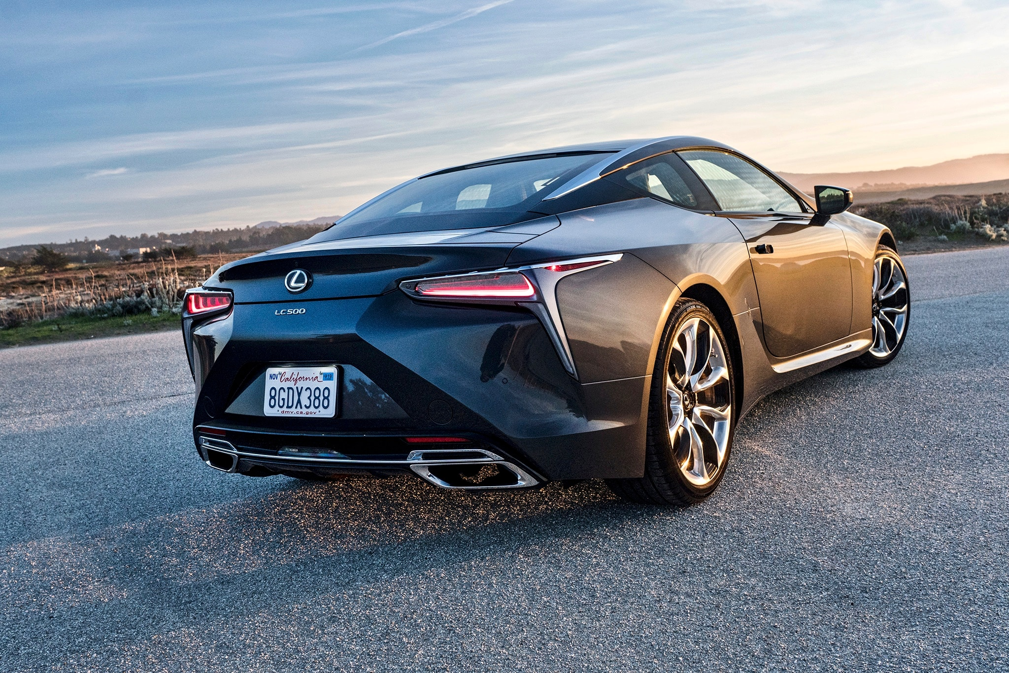 ענק Lexus LC500: Seven Things that Make It Special | Automobile Magazine LU-35