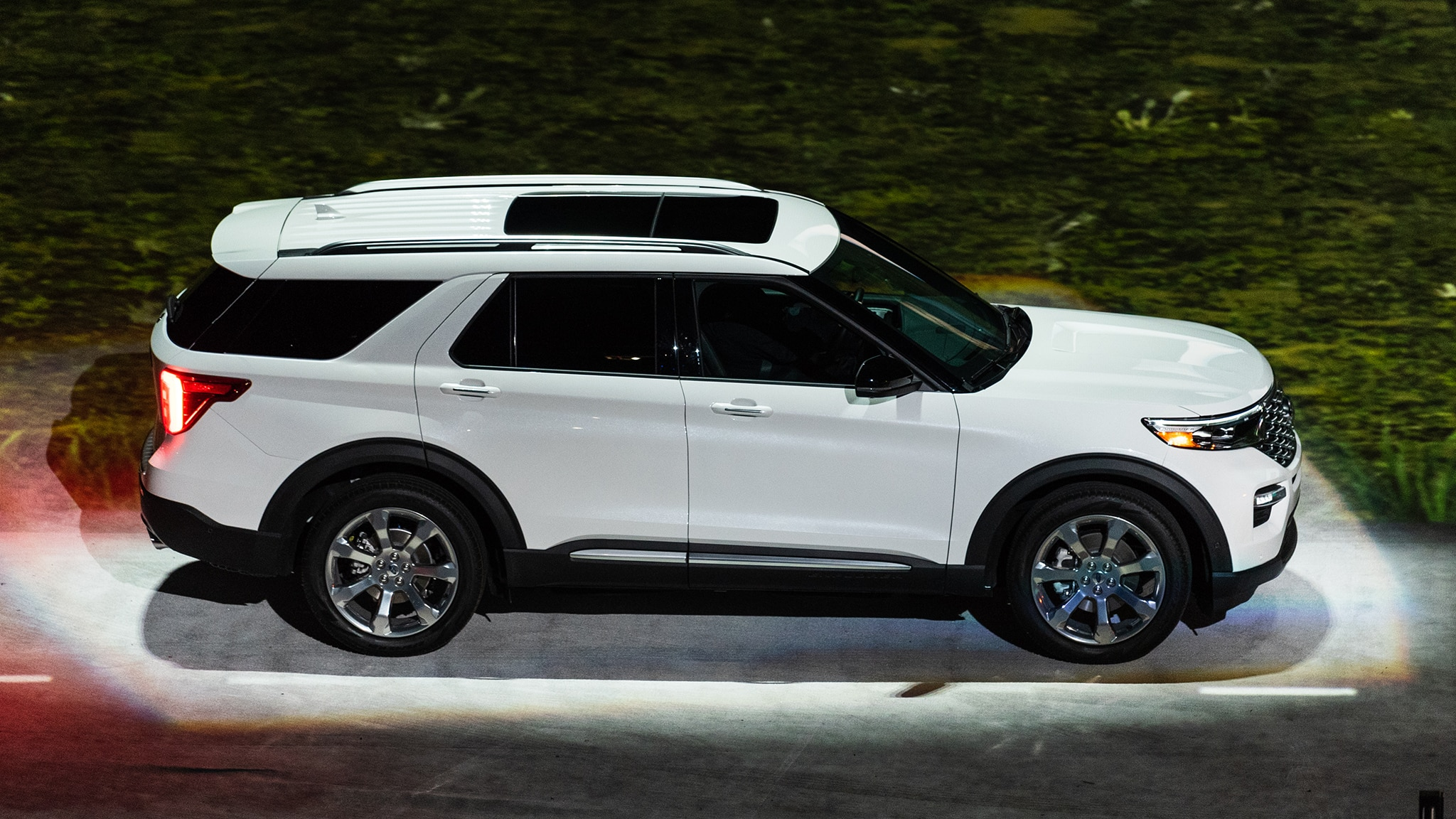 2020 Ford Explorer ST, Interior, Hybrid, Sport >> 2020 Ford Explorer Photos And Details What You Need To Know