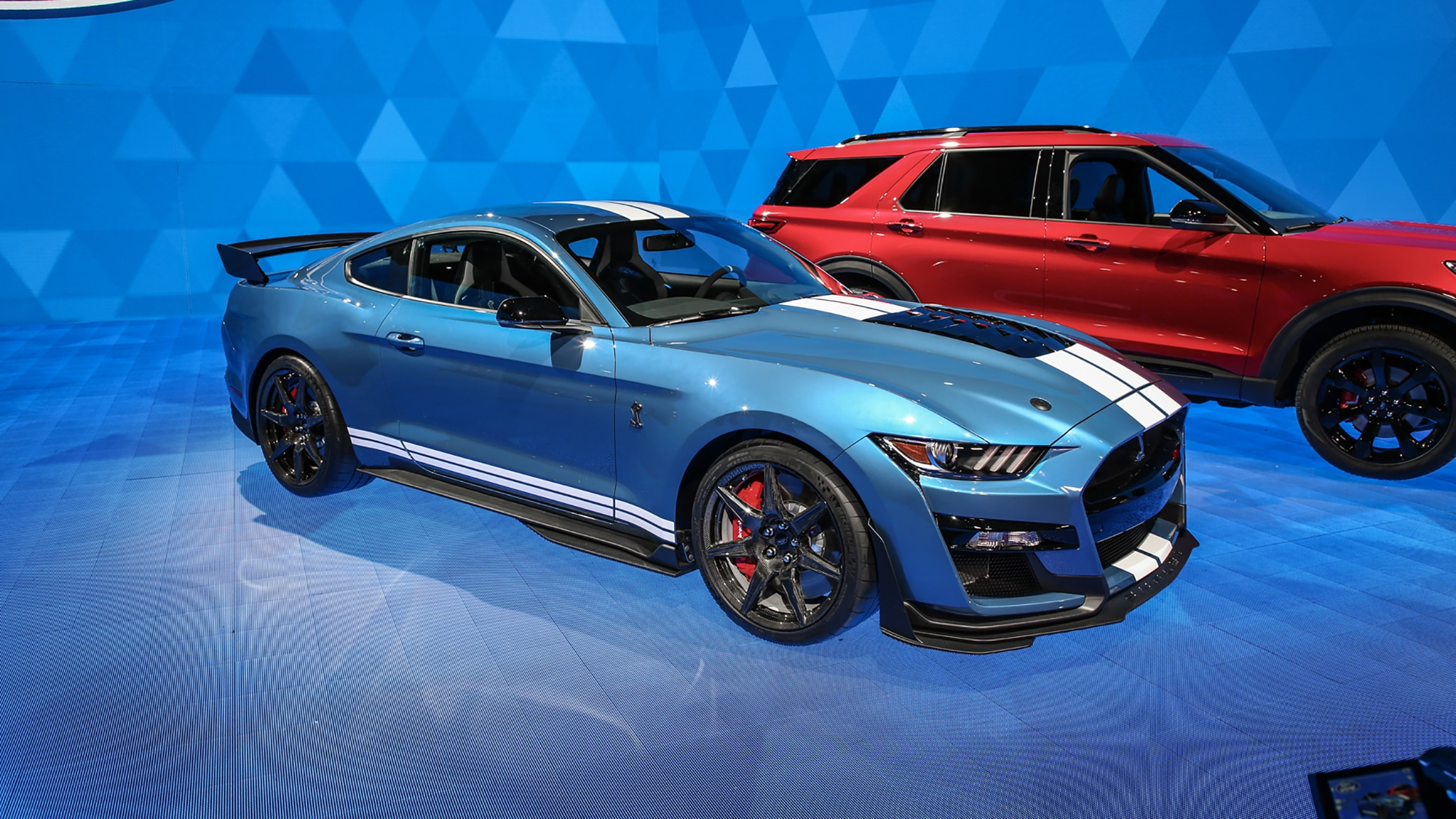 First 2020 Ford Mustang Shelby GT500 Sells for $1 1 Million