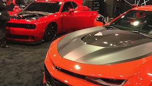 Challenger And Camaro Zl1 2019 Ces