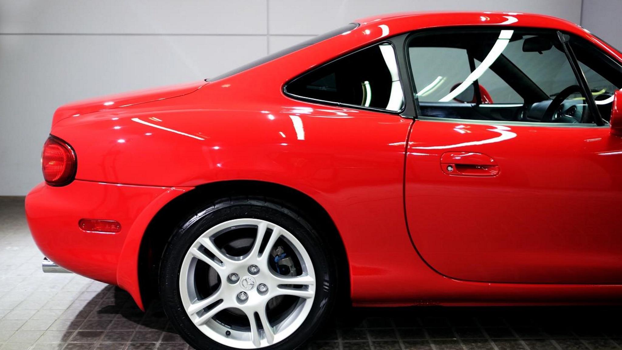 2004 Mazda Miata Coupe Rear Roof