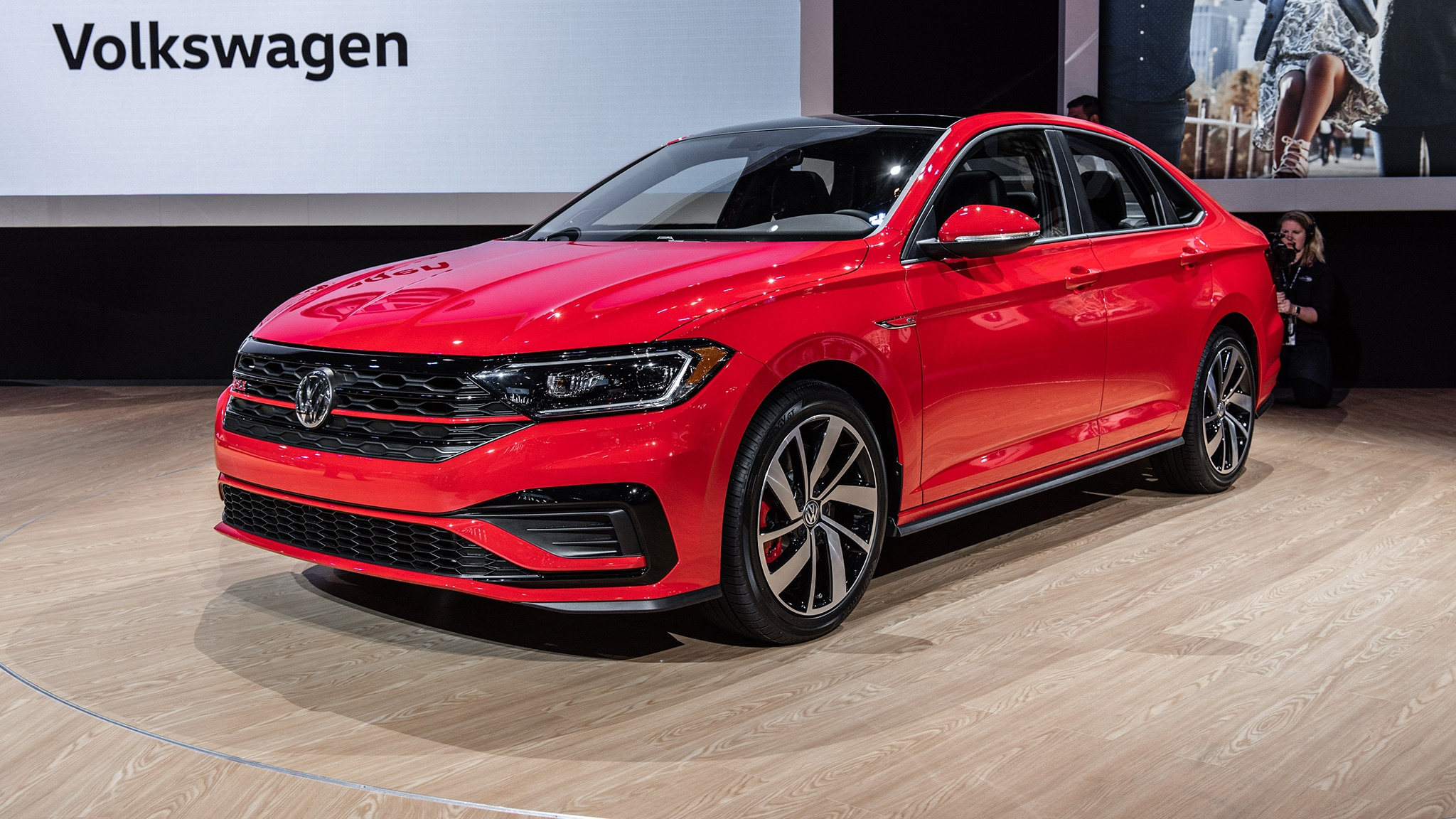 2019 Volkswagen Jetta GLI 01