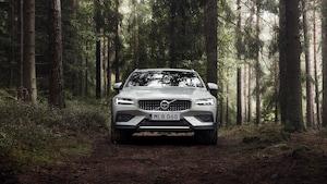 2019 Volvo V60 Cross Country 33