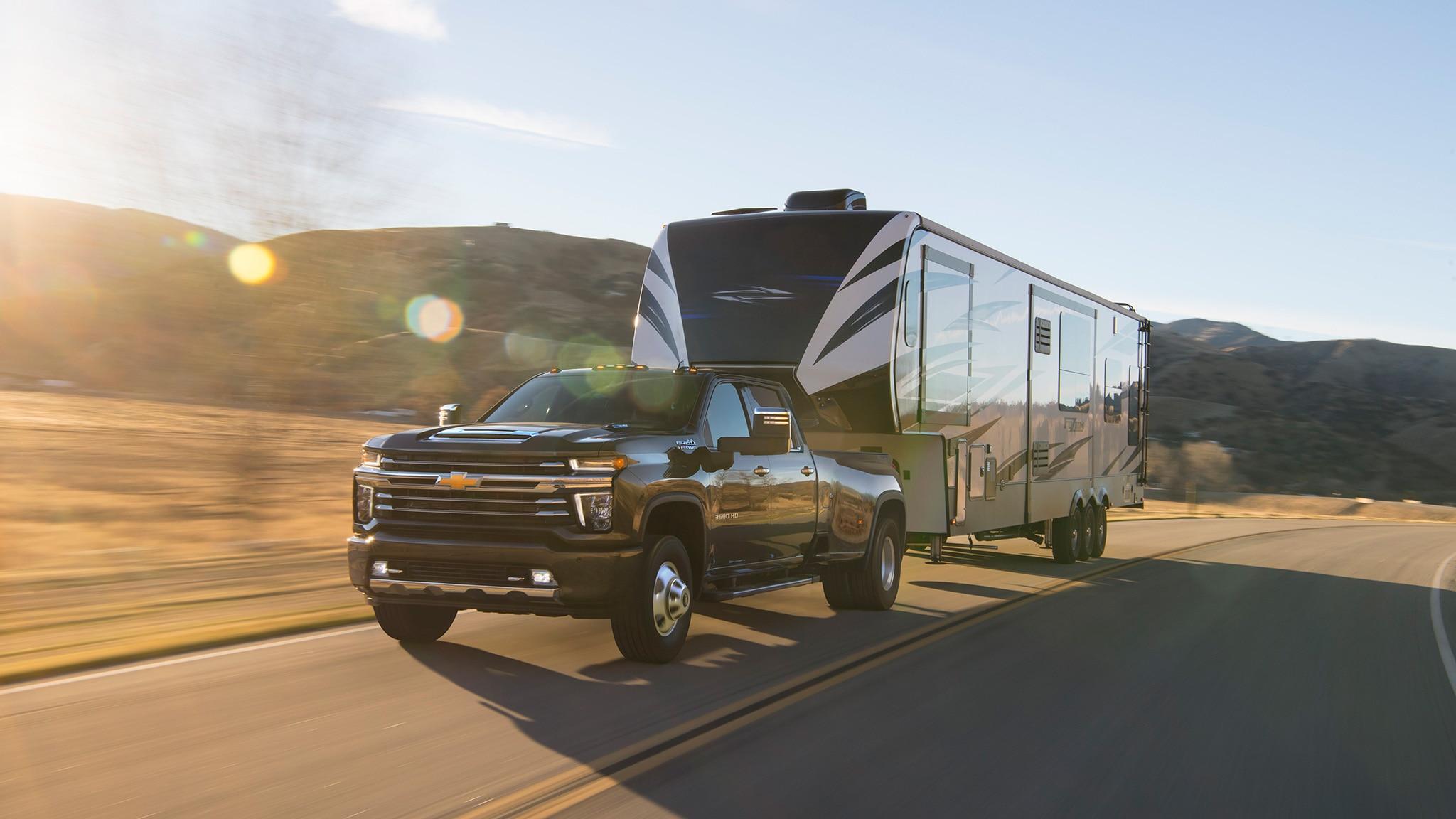 2020 Chevrolet Silverado HD Debuts: Big-Time Max Towing ...