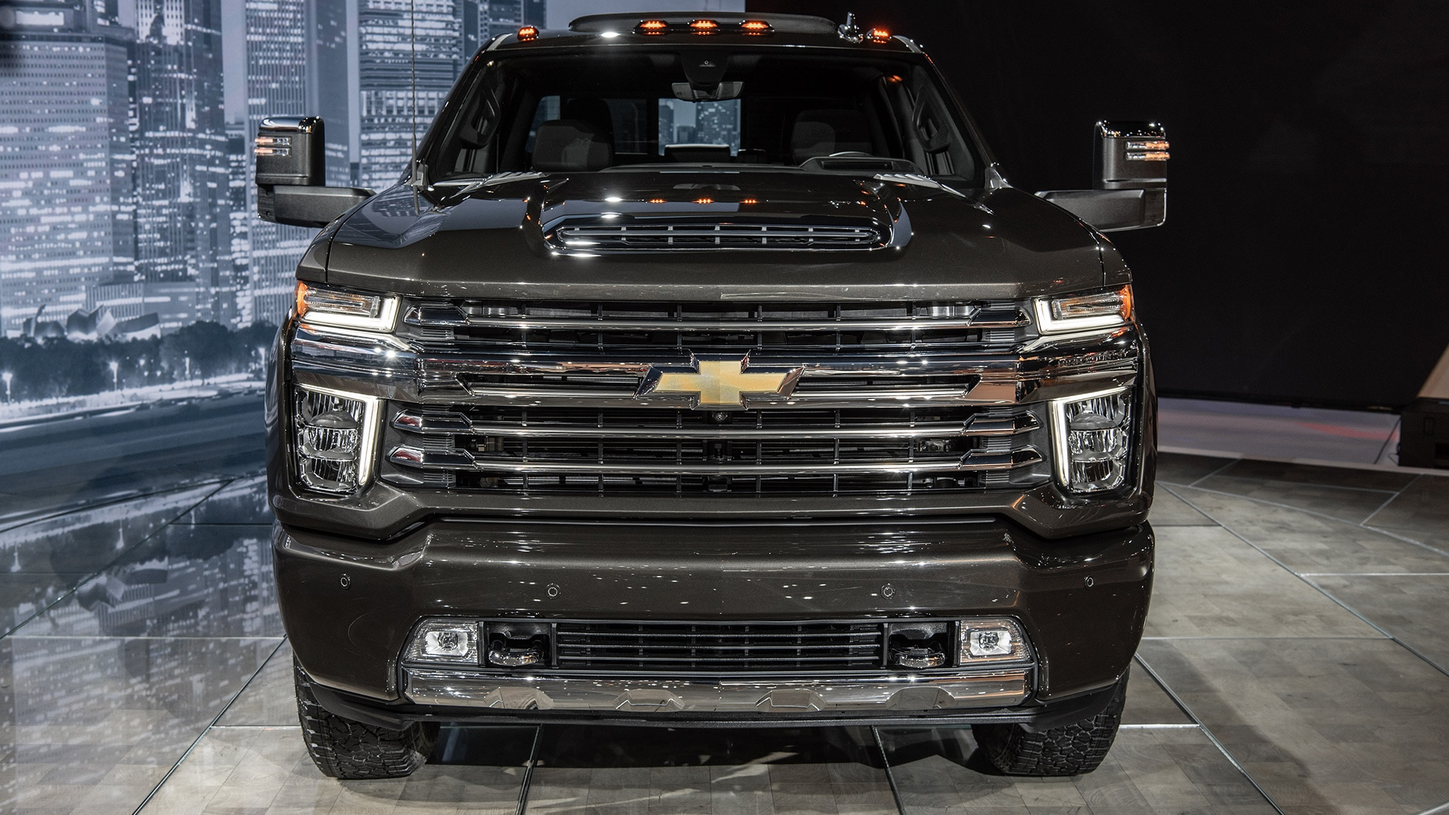 2020 Chevrolet Silverado Hd Debuts Big Time Max Towing Automobile