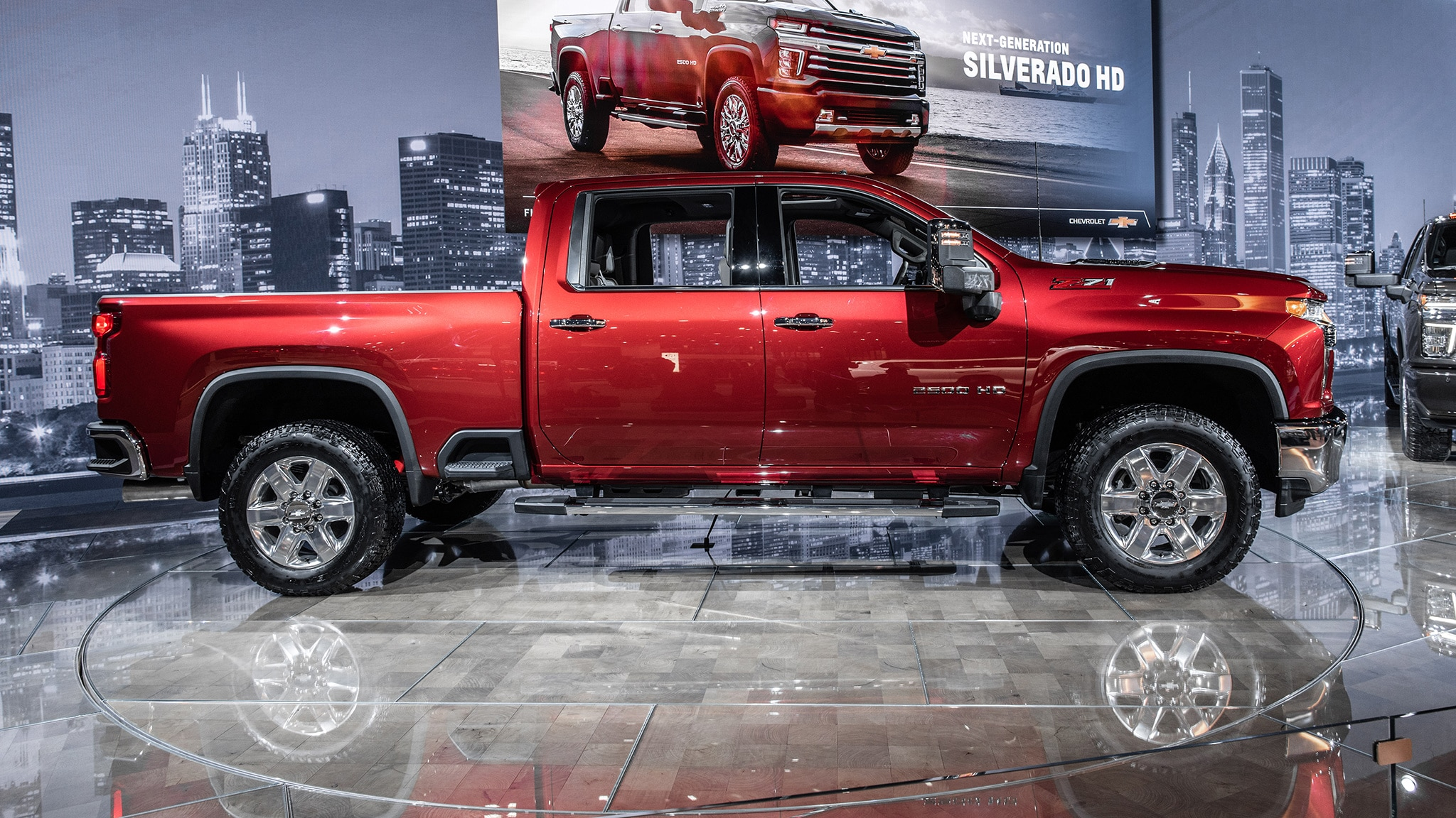 2020 chevrolet silverado hd debuts: big-time max towing