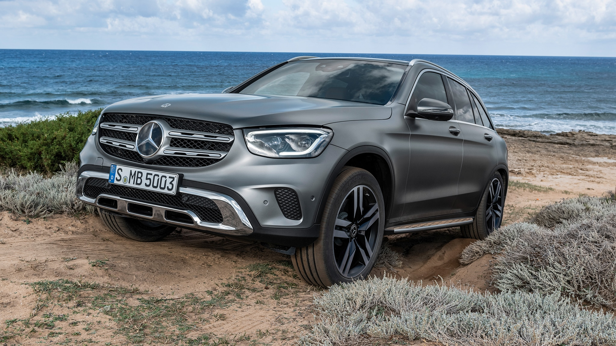 2020 mercedes benz glc class refresh brings mbux digital. Black Bedroom Furniture Sets. Home Design Ideas