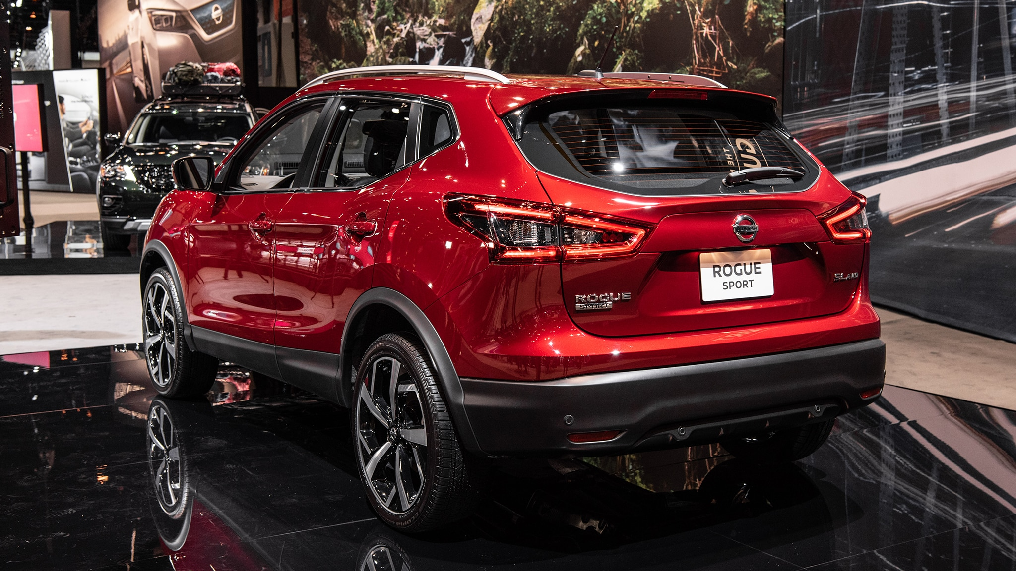 2020 Nissan Rogue Sport Photos And Info The Small Suv Gets
