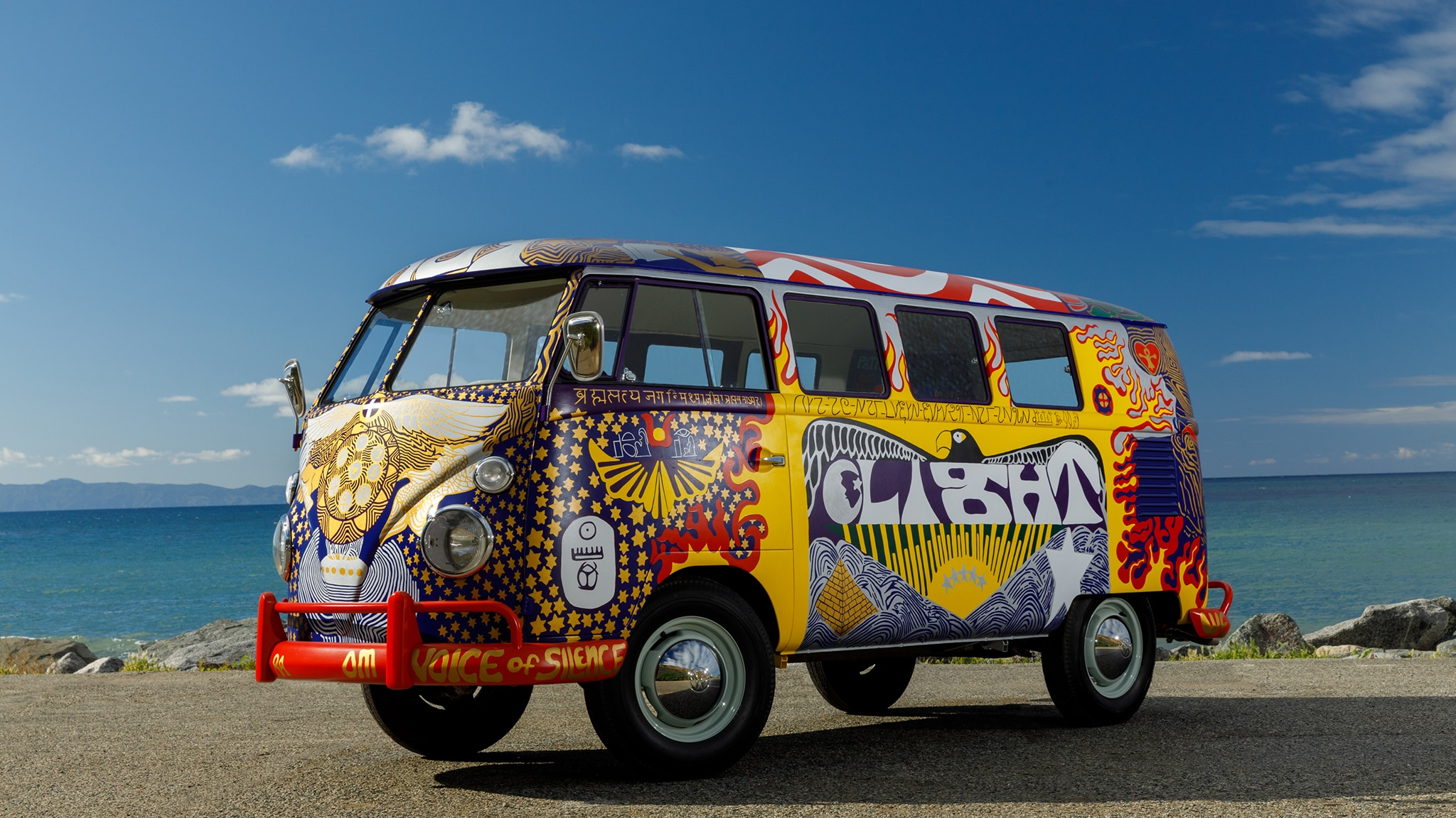 the iconic vw  u201clight u201d microbus from woodstock  road