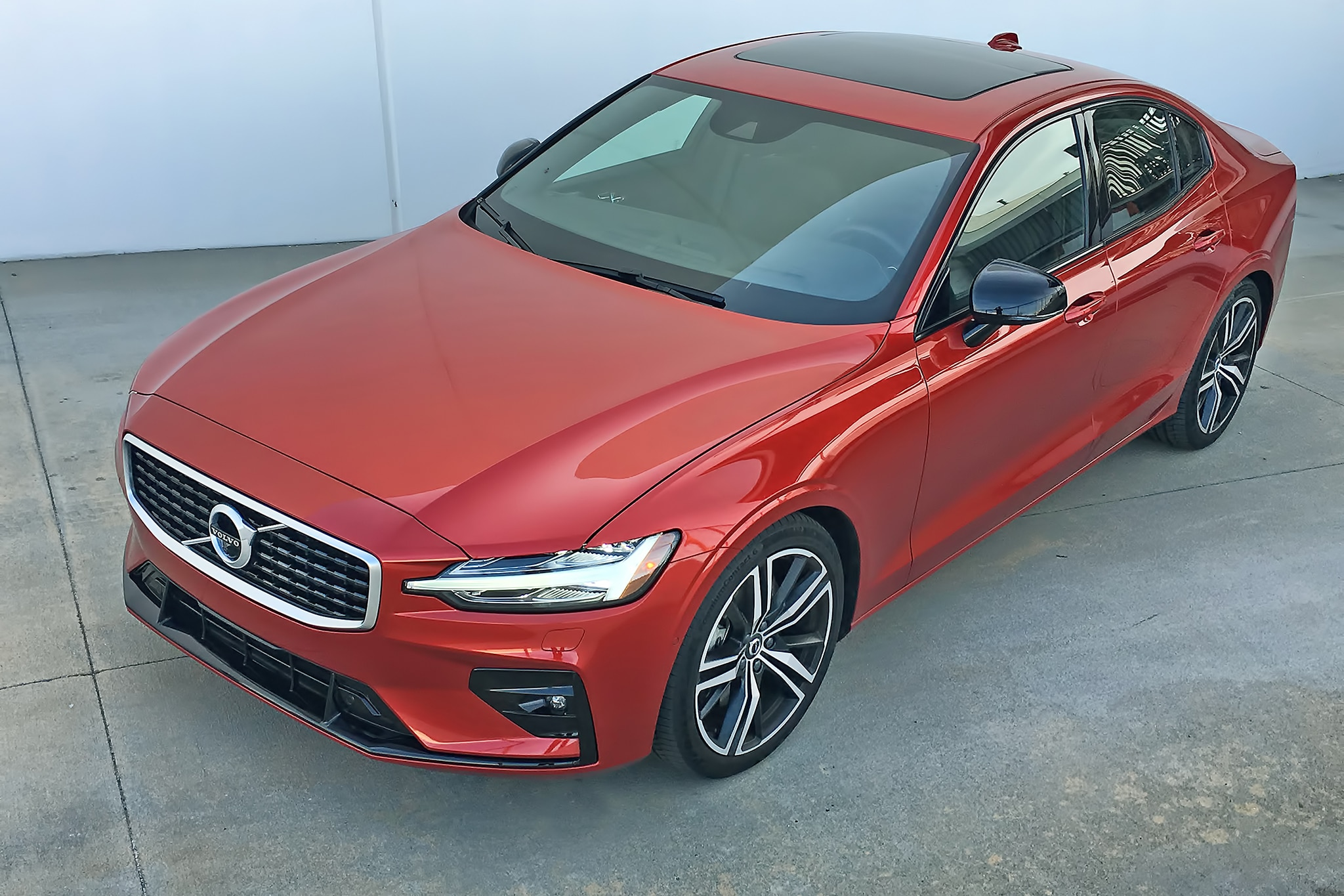 2019 Volvo S60 T6 AWD Review: Finesse, Fidelity, No Flash ...