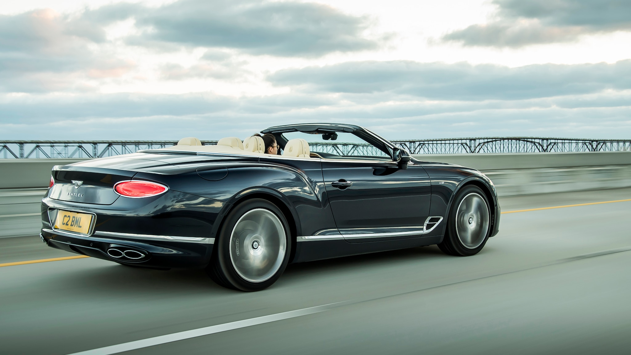 Bentley Continental GT Convertible V8 8 1
