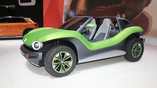 Volkswagen's Electric Dune Buggy Is Here and It's Super Cool