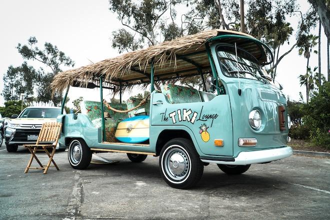 1971 Volkswagen Tiki Lounge Bus 10