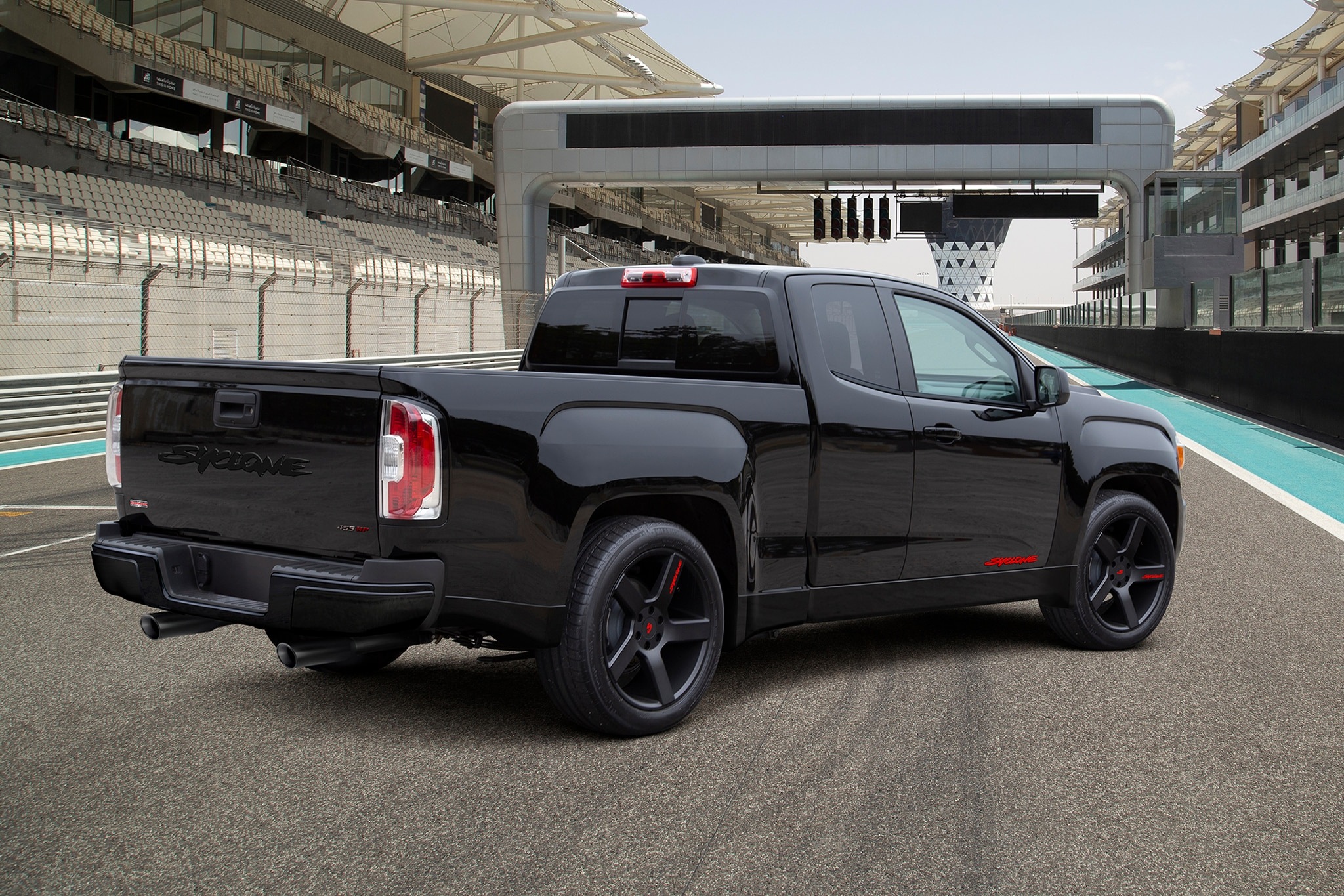 Sy-Cloned: You Can Now Get a GMC Syclone Based on the Canyon | Automobile Magazine
