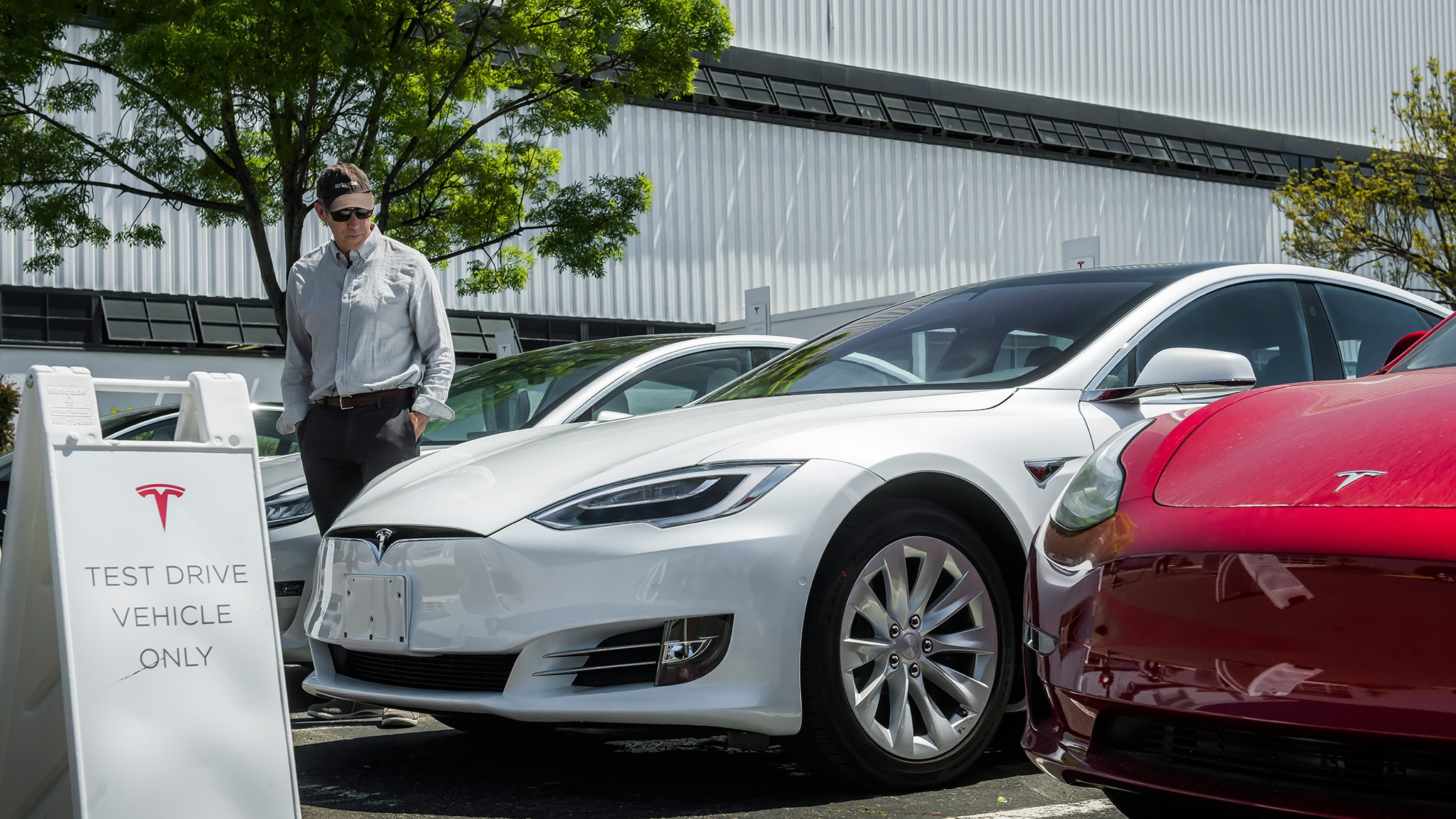 Tesla Model S Gets Major Updates to Range, Charging, and