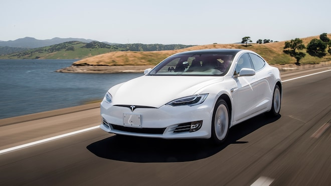 2019 Tesla Model S Range Road Trip Front Side Motion View