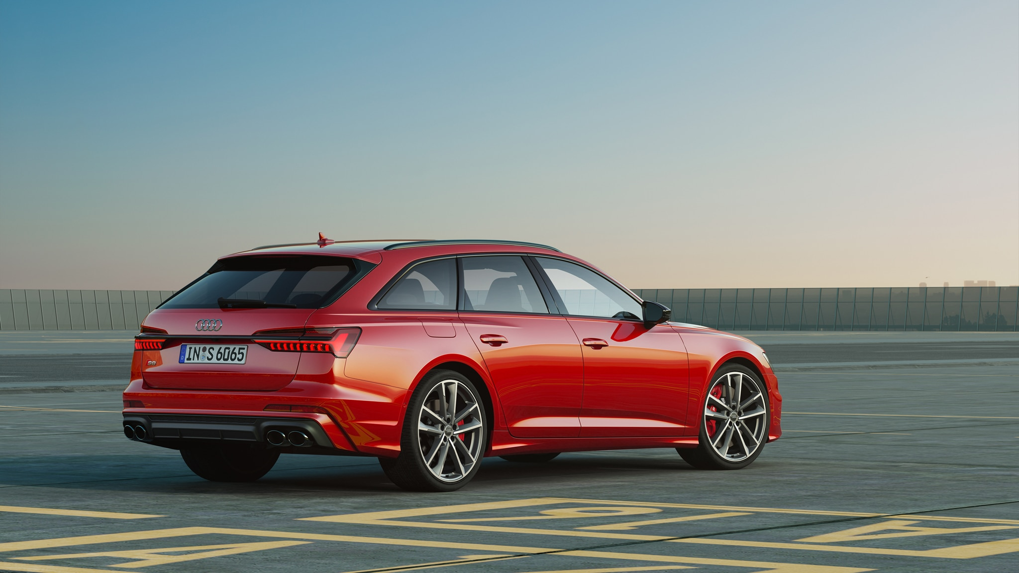 Audi S6 Avant 97