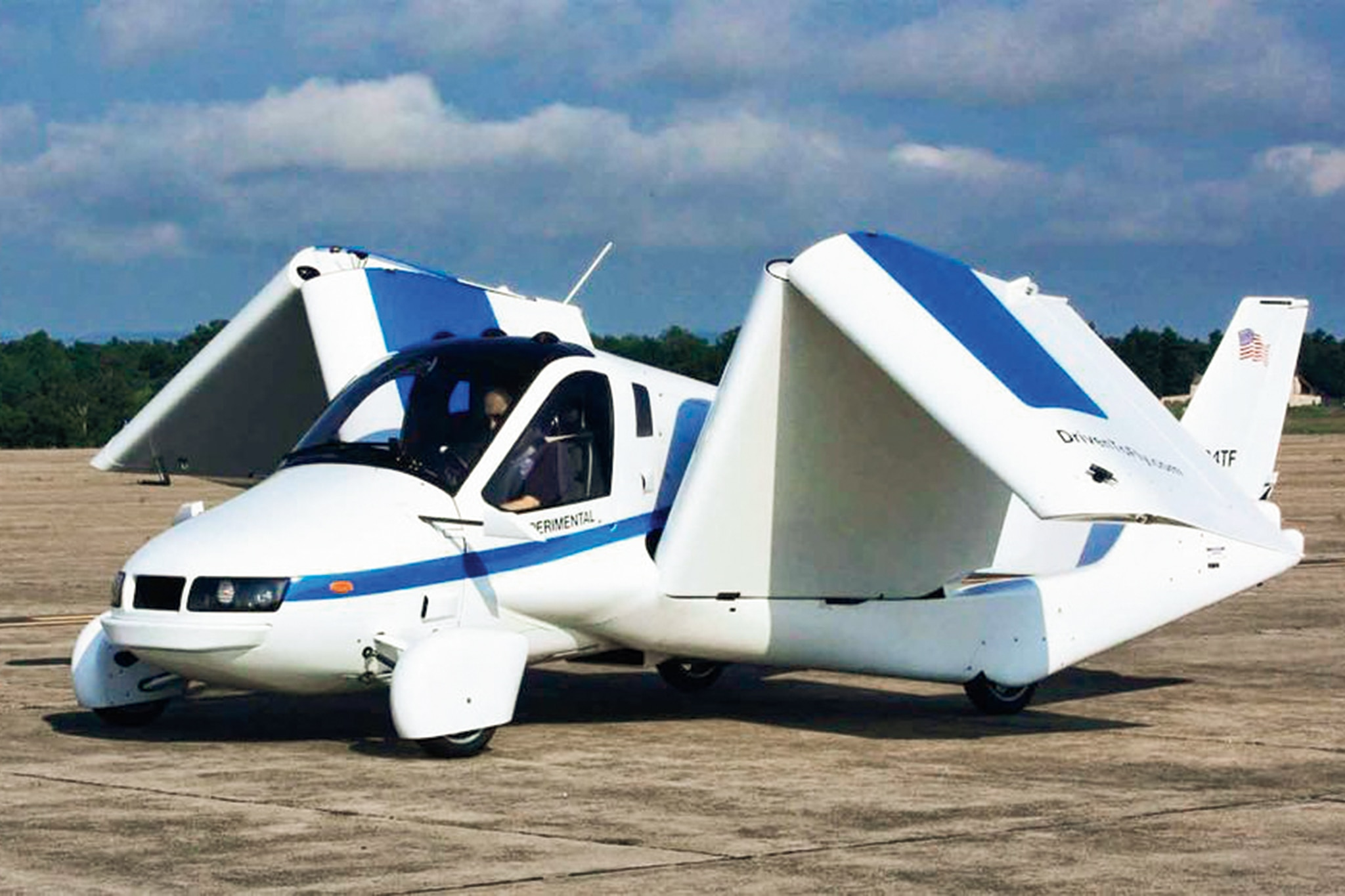 Here Are the Flying Cars Currently Trying to Get off the