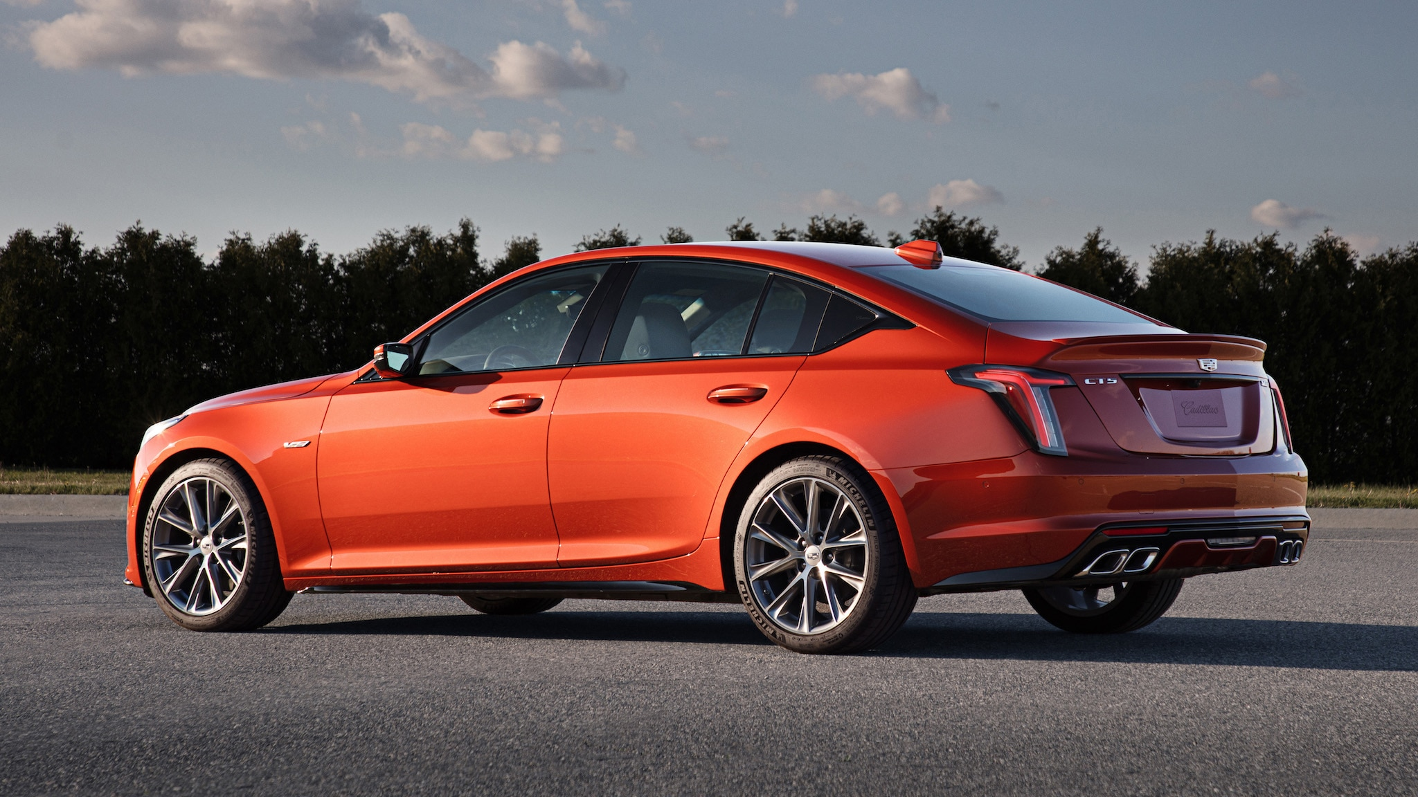 2020 Cadillac CT5-V Arrives with 355 HP—but a Burlier One ...