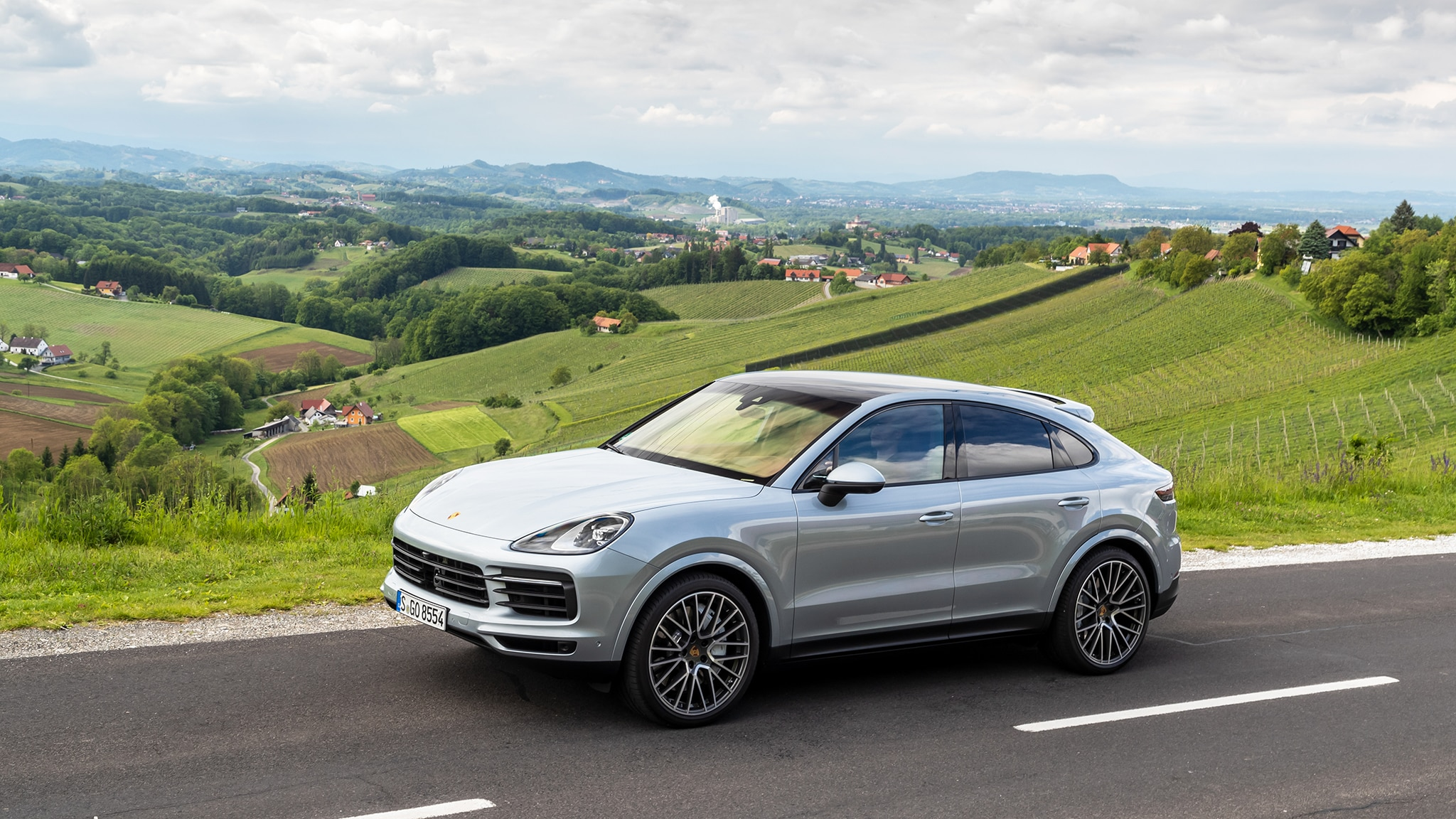 2020 Porsche Cayenne: Coupe Version, Design, Specs >> 2020 Porsche Cayenne Coupe First Drive Review Hulked Up Hot Hatch