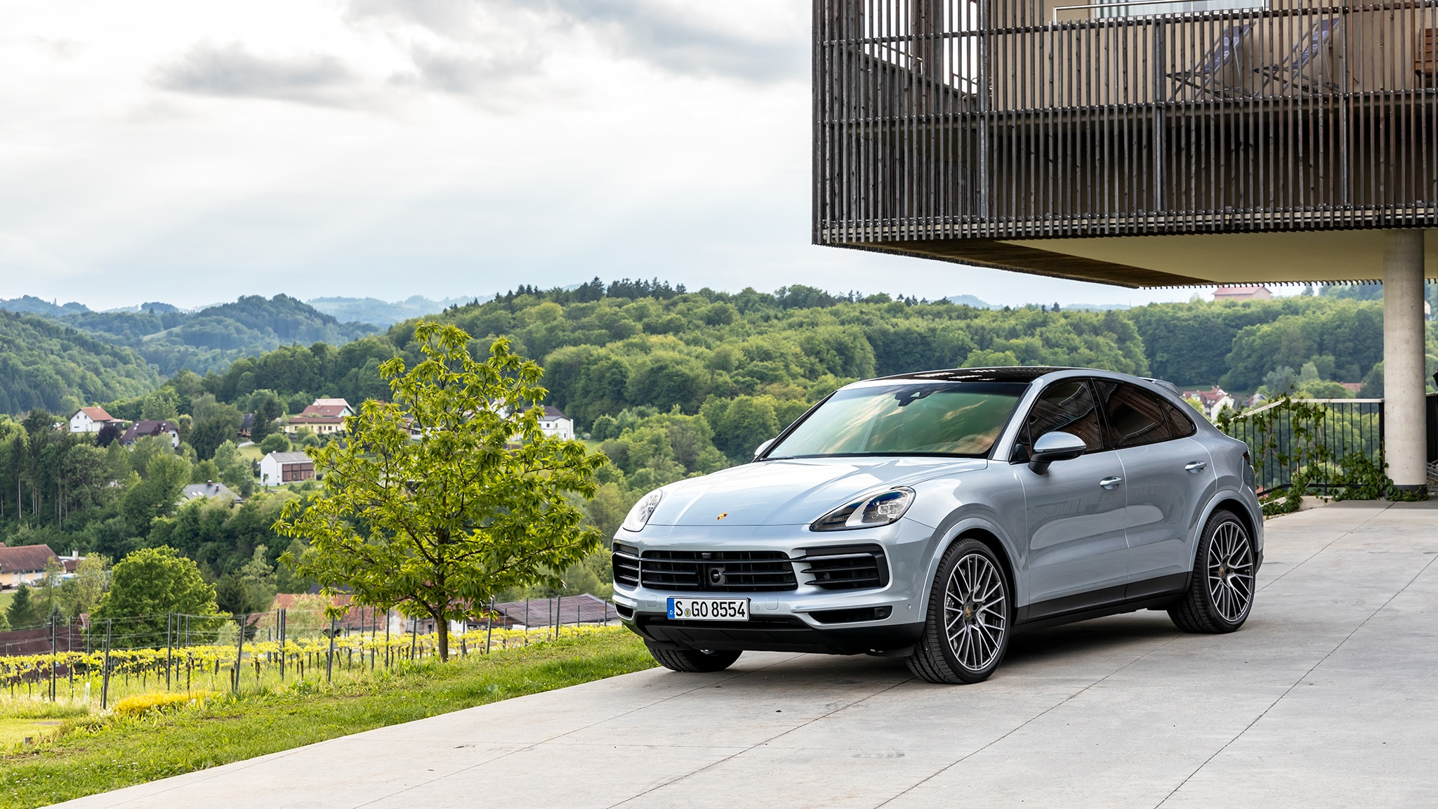 2020 Porsche Cayenne Coupe Price, Redesign >> 2020 Porsche Cayenne Coupe First Drive Review Hulked Up Hot Hatch