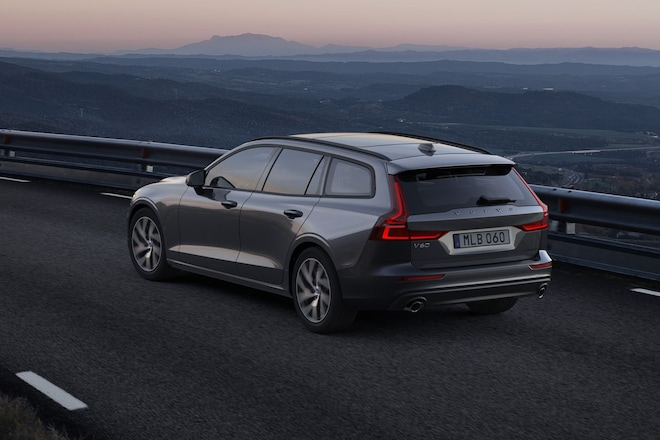 2019 Volvo V60 Wagon How Id Spec It 4