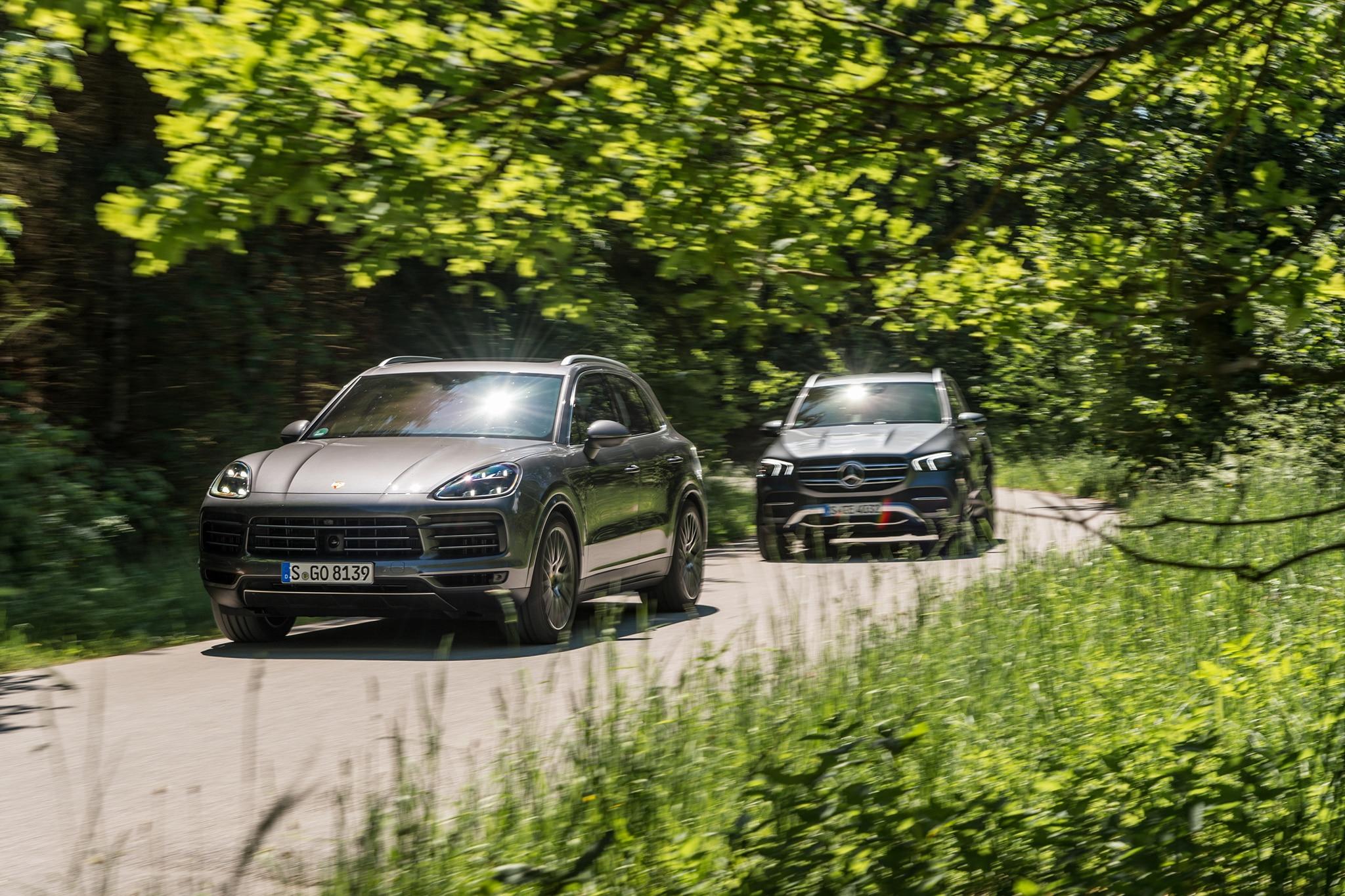 BMW X5 vs  Mercedes-Benz GLE, Porsche Cayenne | Automobile