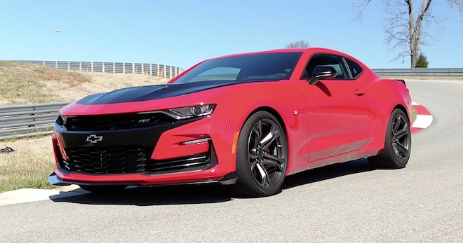 2019 Chevrolet Camaro SS 1LE Moving