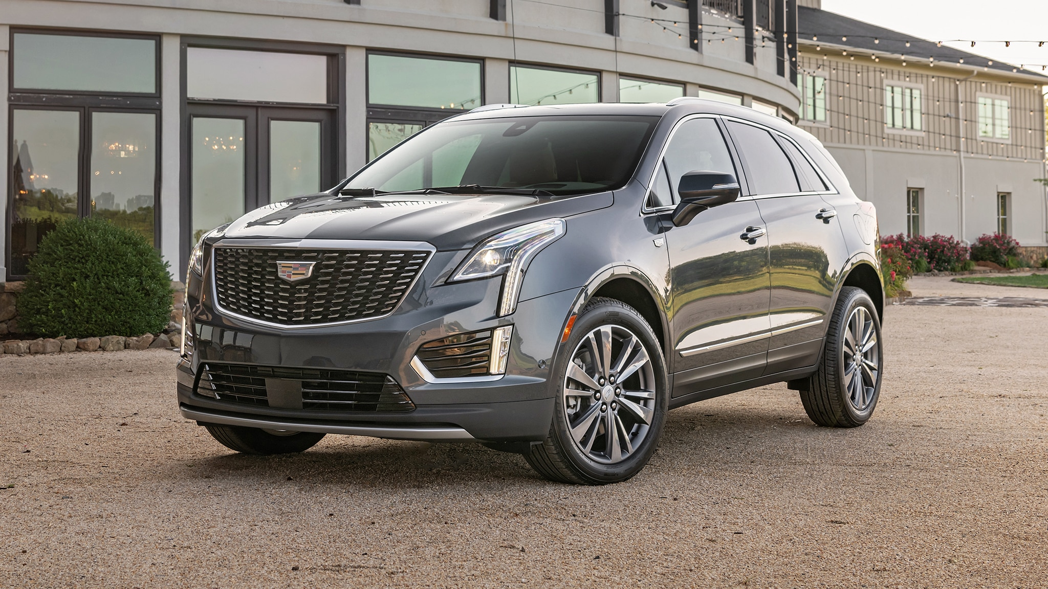 2020 Cadillac XT5: Here's What's New | Automobile Magazine