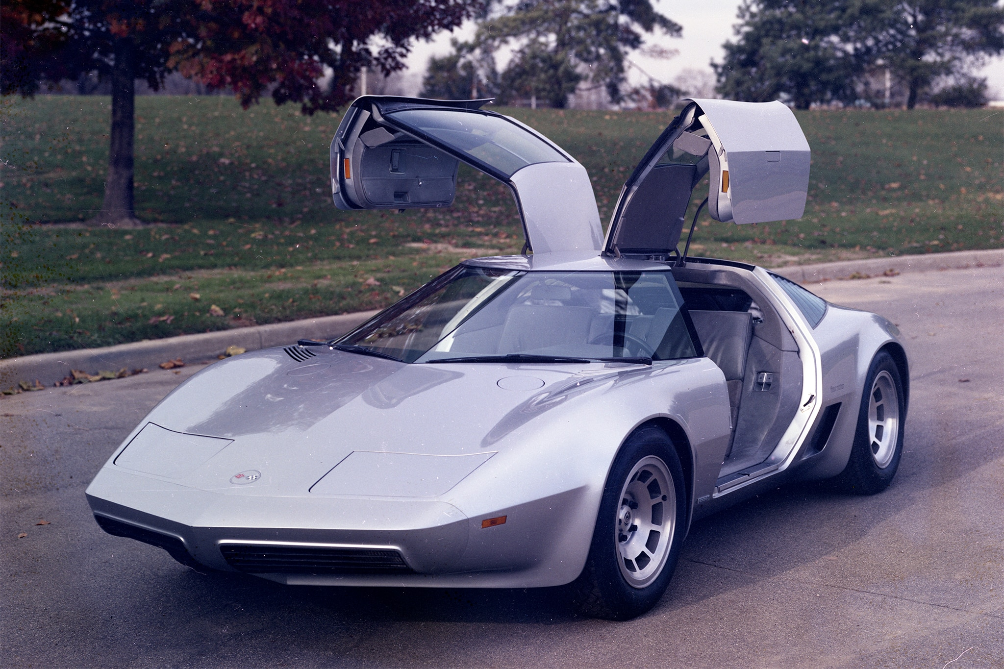 The 1976 Chevrolet Aerovette Was Supposed To Be the C4 | Automobile