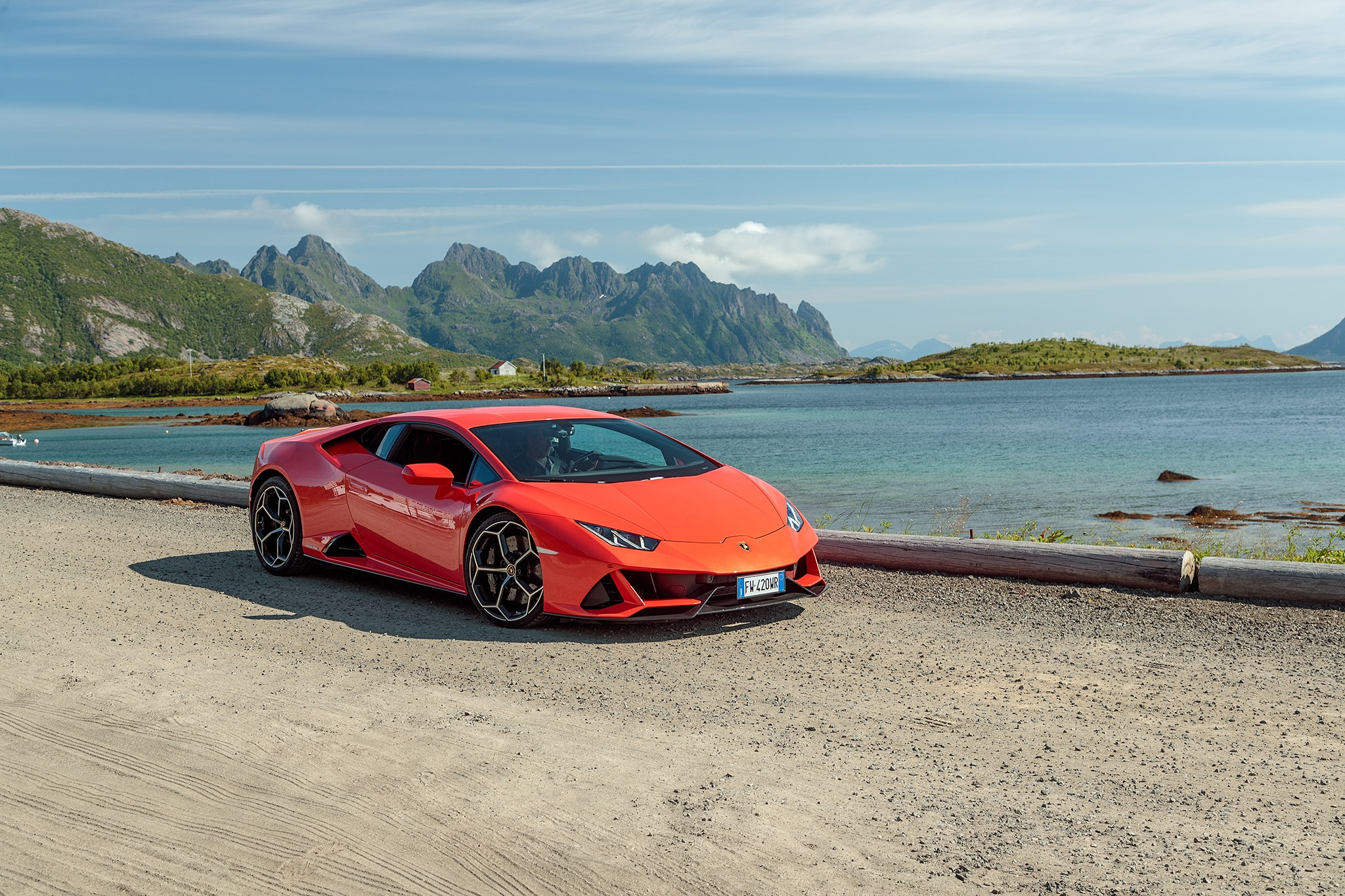 Driving Lambo S 2020 Huracan Evo In The Land Of Evs