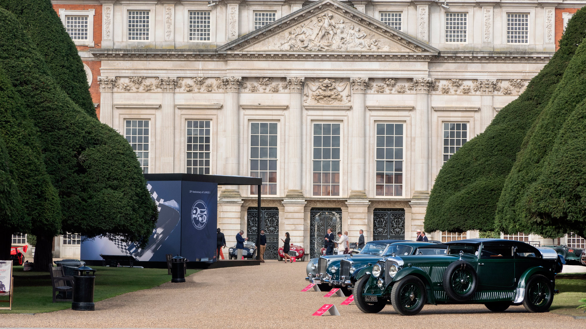 2019 Hampton Court is Britain's classiest classic car show
