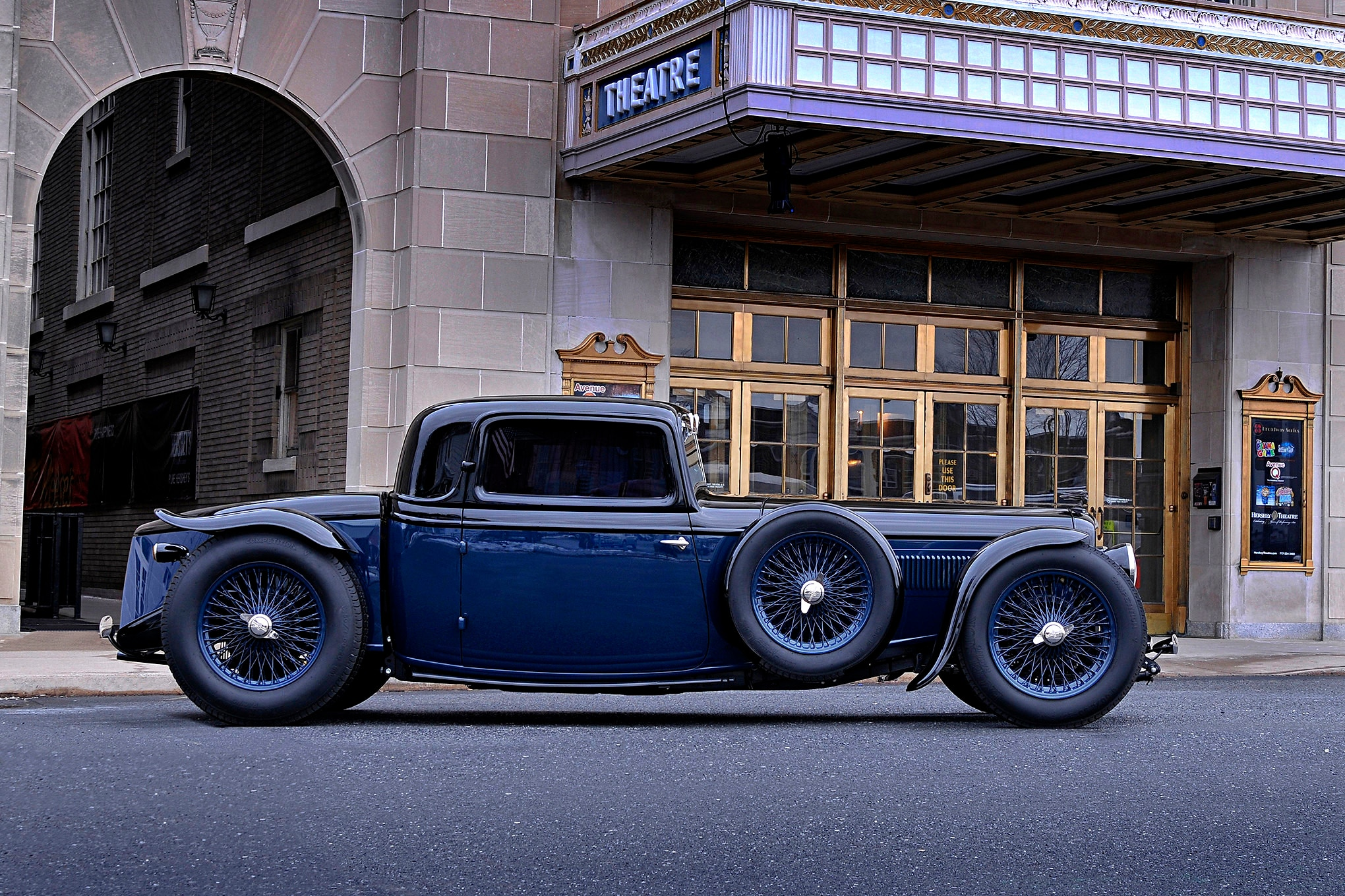 1932 Ford Deuce Right Profile