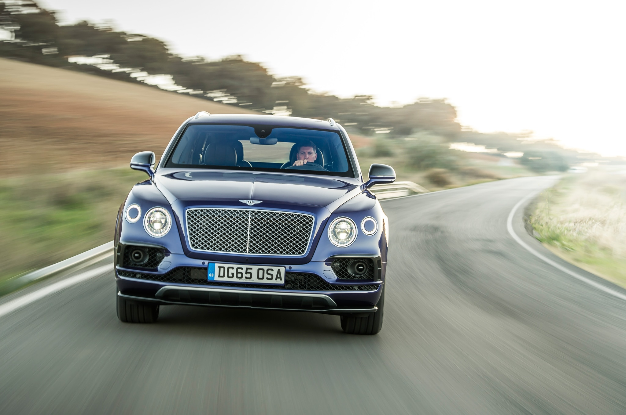 2017 Bentley Bentayga Front View In Motion 08