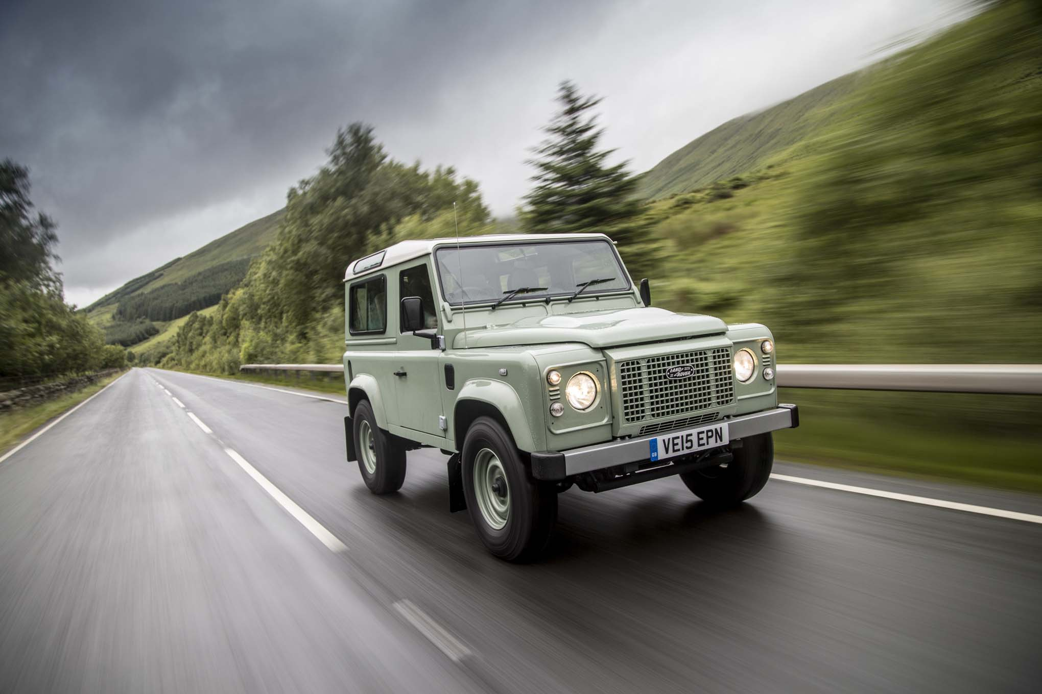 Land Rover Defender 90 Heritage Front Three Quarter In Motion 05