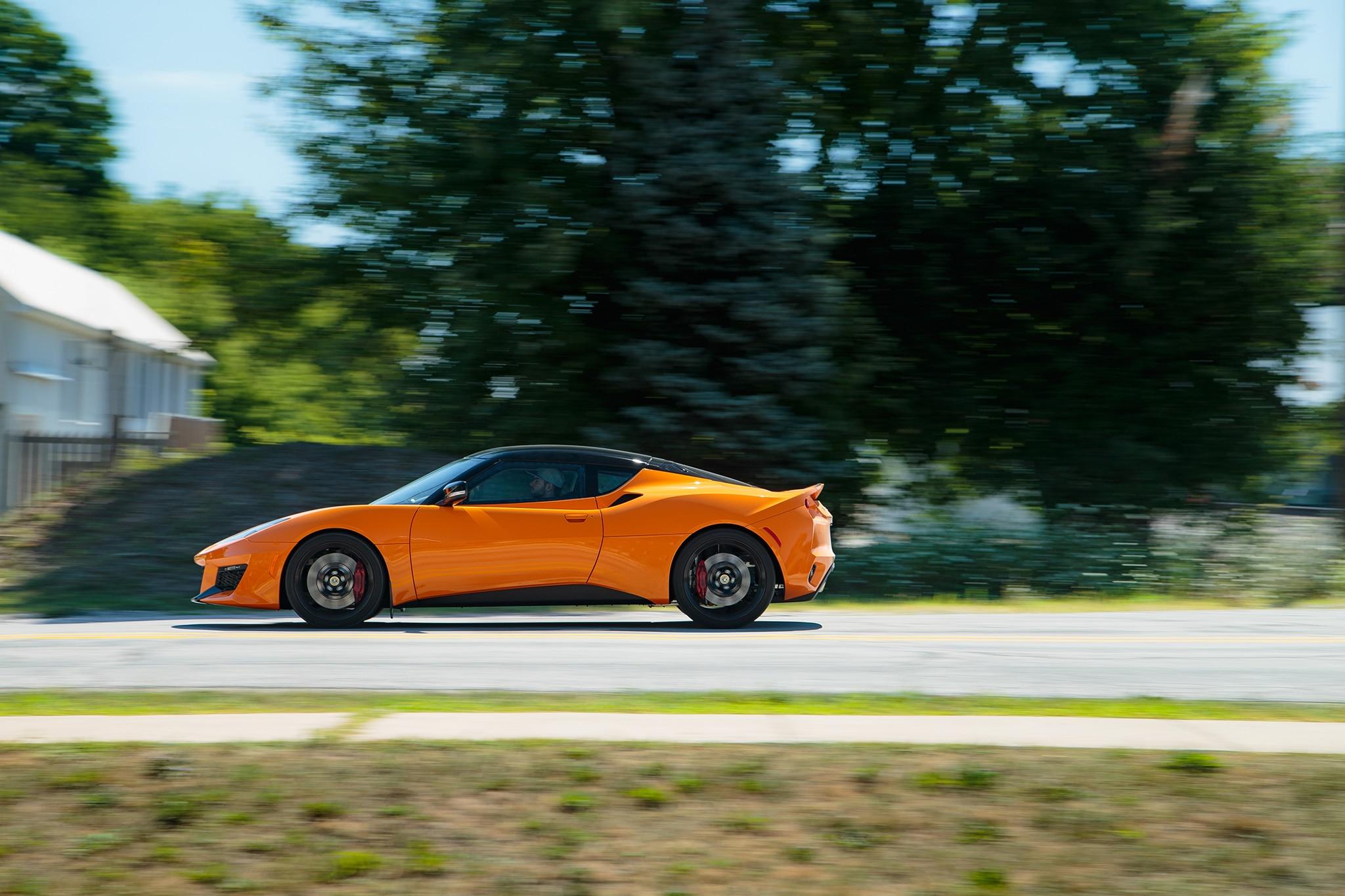 2017 Lotus Evora 400 Side Profile In Motion 03