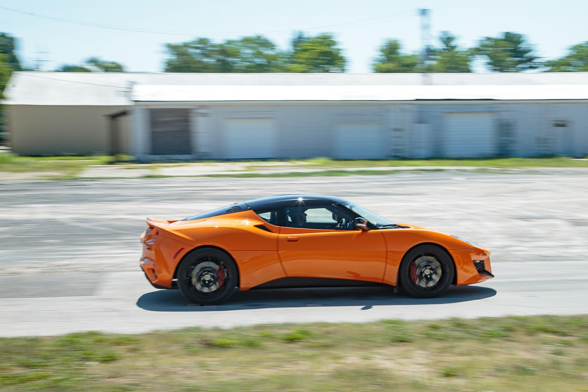 2017 Lotus Evora 400 Side Profile In Motion 05