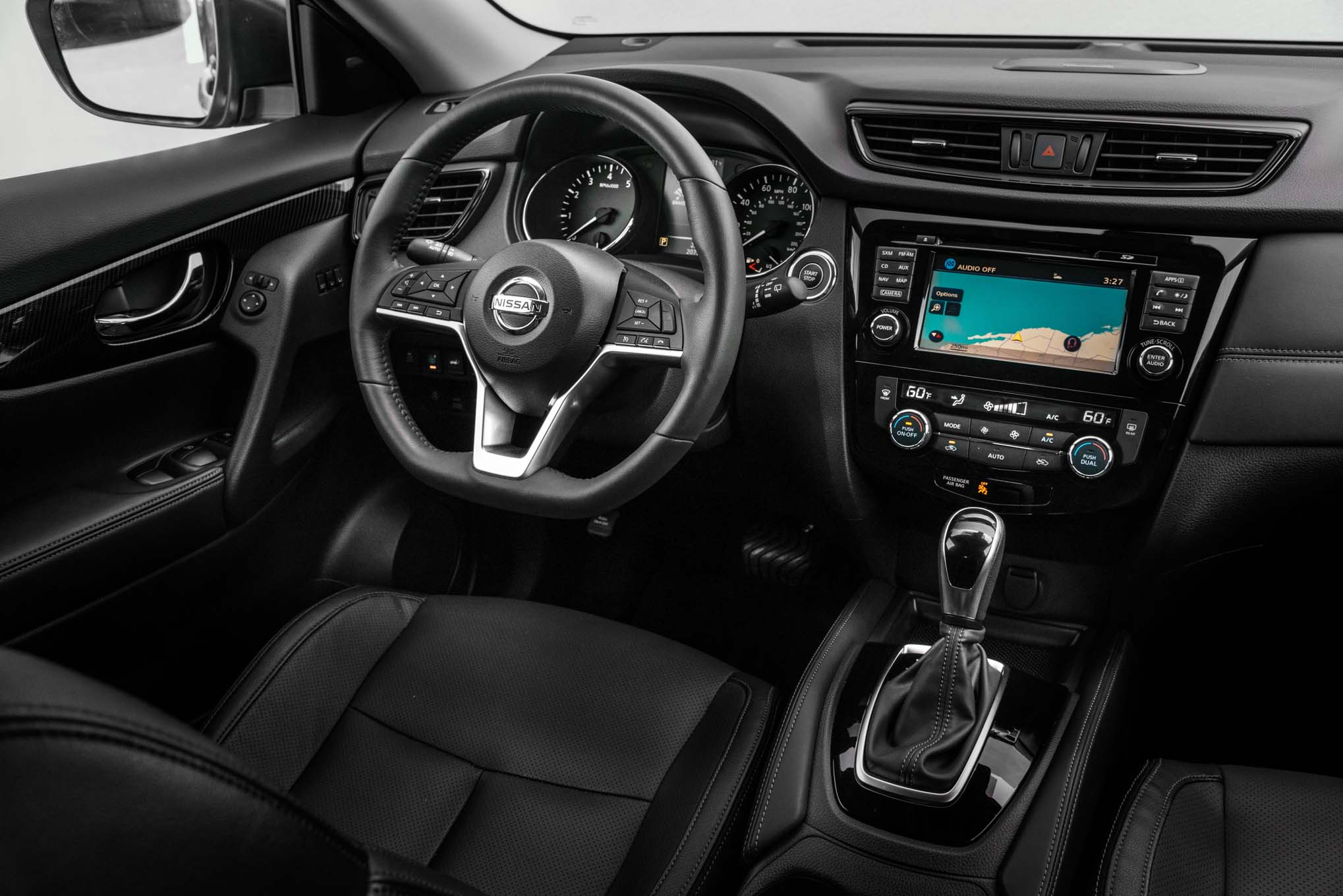 2018 Nissan Rogue Hybrid Gets Small Price Hike and an Extra USB Port ...